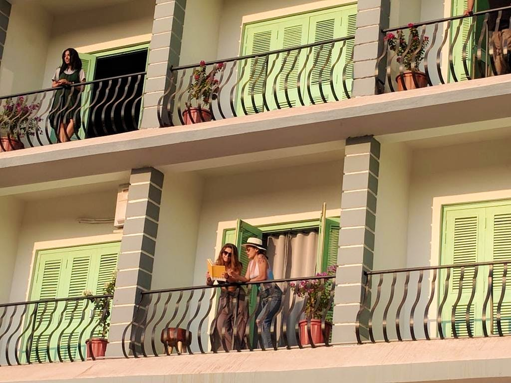 Balcony,Property,Building,Handrail,Real estate,House,Window,Facade,Room,Stairs