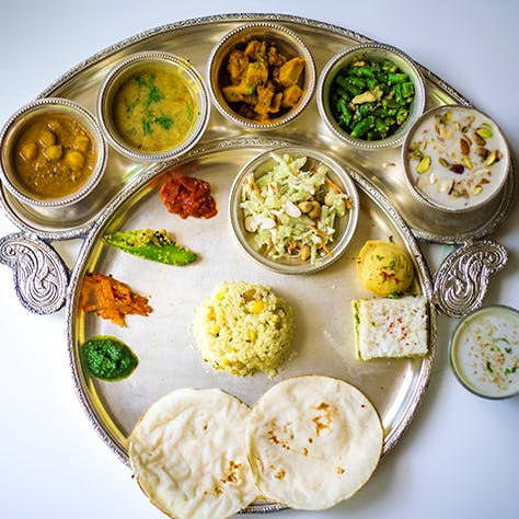 Dish,Food,Cuisine,Ingredient,Produce,Meal,Vegetarian food,Meze,Recipe,Indian cuisine