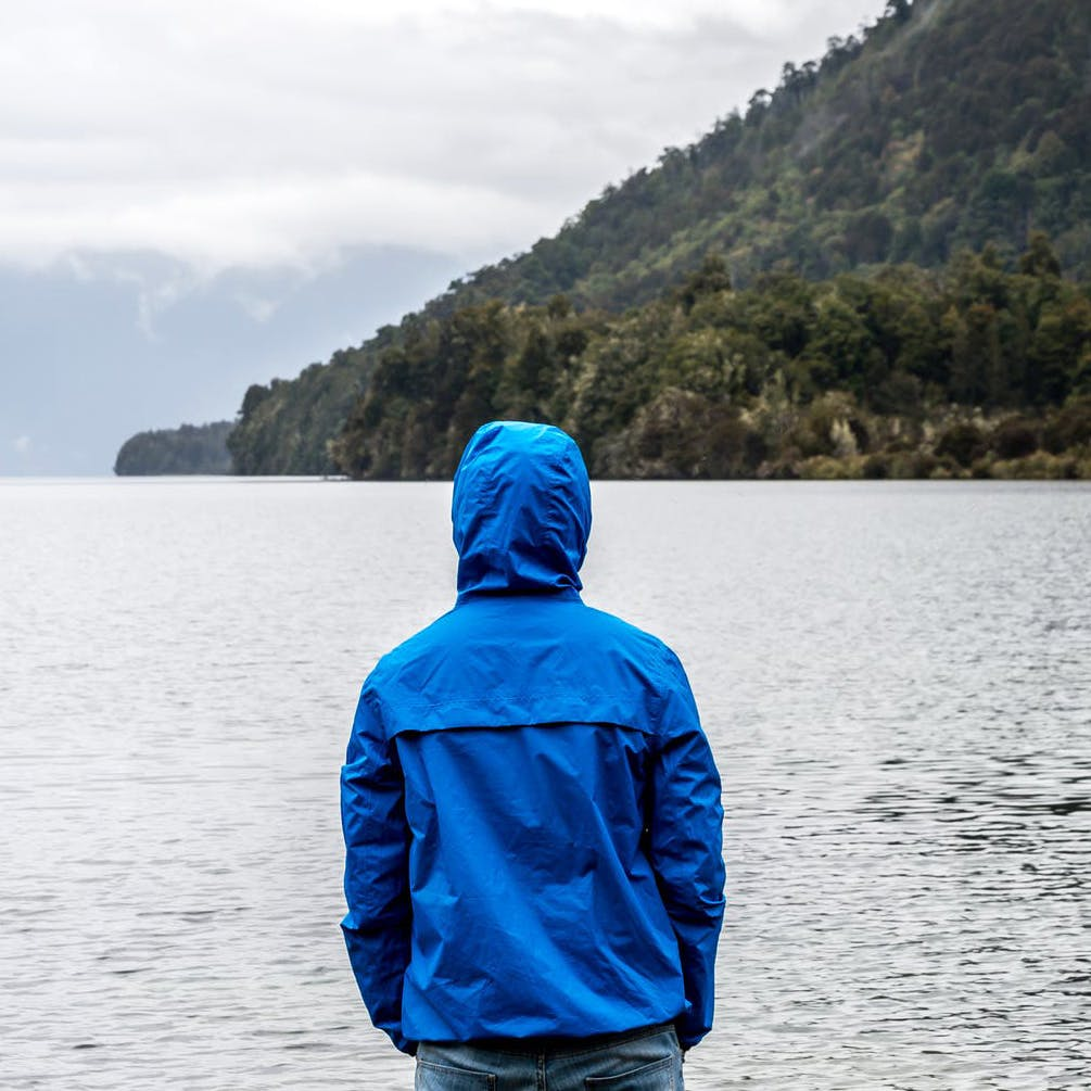Blue,Water,Hoodie,Cobalt blue,Outerwear,Turquoise,Sky,Jacket,Sound,Human