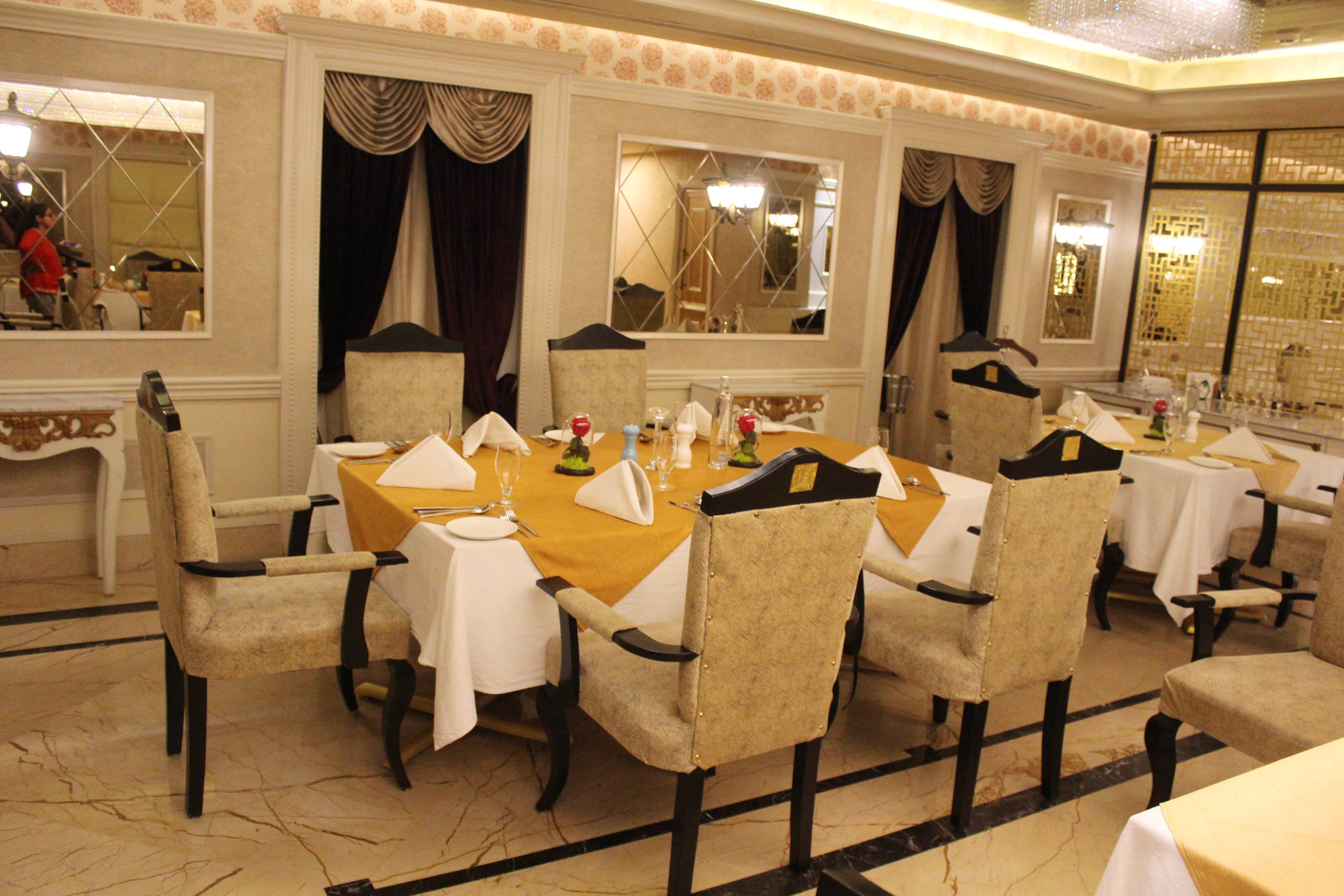 Restaurant,Property,Room,Function hall,Interior design,Building,Table,Dining room,Banquet,Furniture