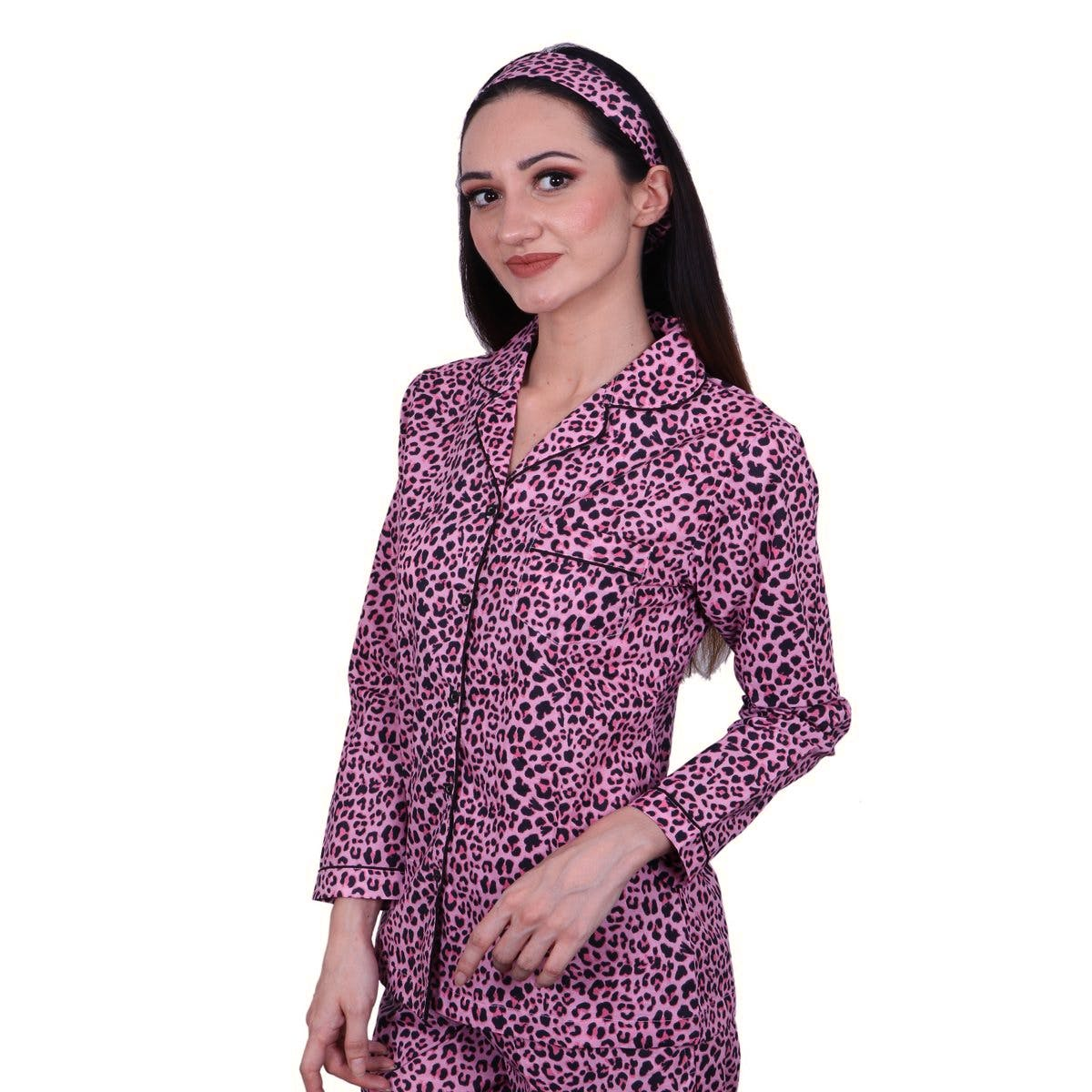 Clothing,Violet,Purple,Outerwear,Sleeve,Magenta,Lilac,Neck,Blouse,Jacket