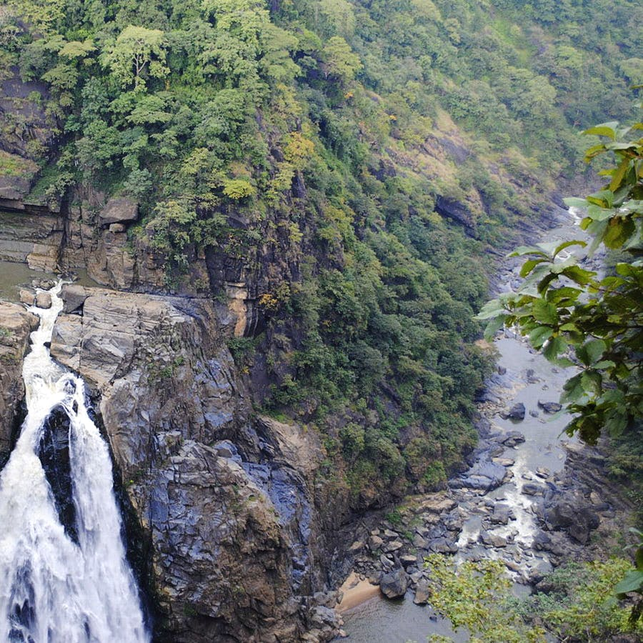 Nature,Water,Water resources,Nature reserve,Natural landscape,Waterfall,Vegetation,Watercourse,Wilderness,Mountain