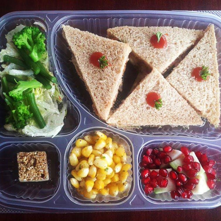 Dish,Food,Cuisine,Meal,Lunch,Ingredient,Comfort food,Produce,Prepackaged meal,Vegan nutrition