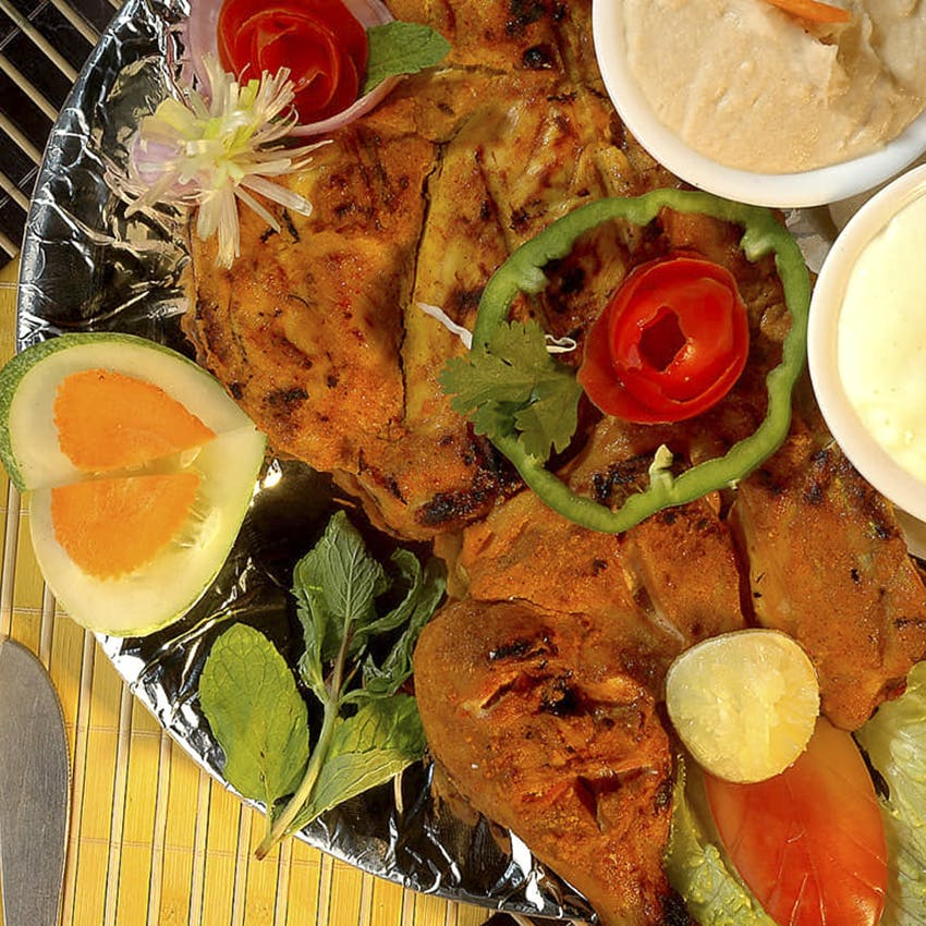Dish,Food,Cuisine,Ingredient,Pescado frito,Tandoori chicken,Fried food,Meat,Produce,Staple food