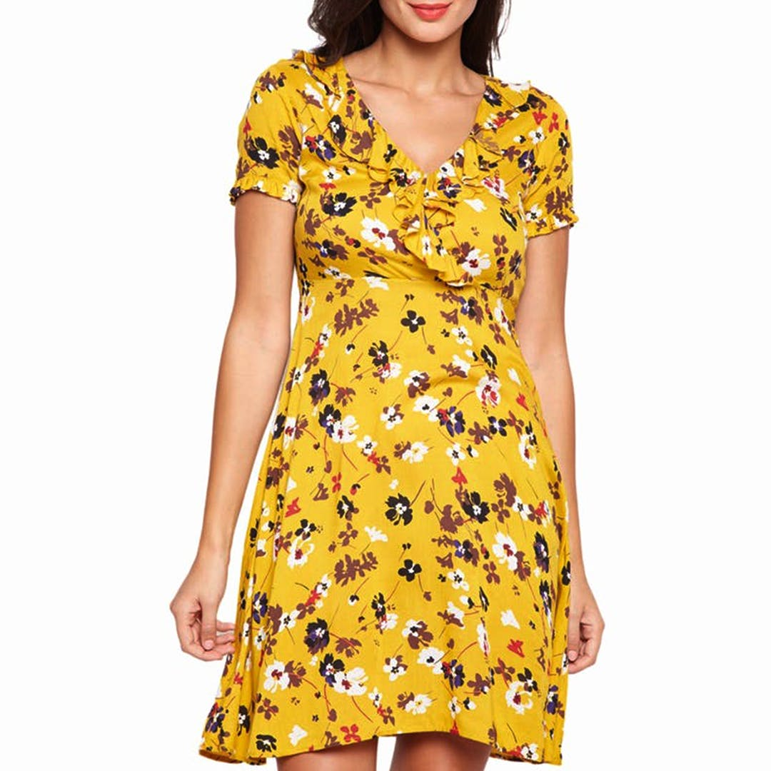 Clothing,Day dress,Dress,Yellow,Sleeve,Neck,Fashion model,Waist,A-line,Joint