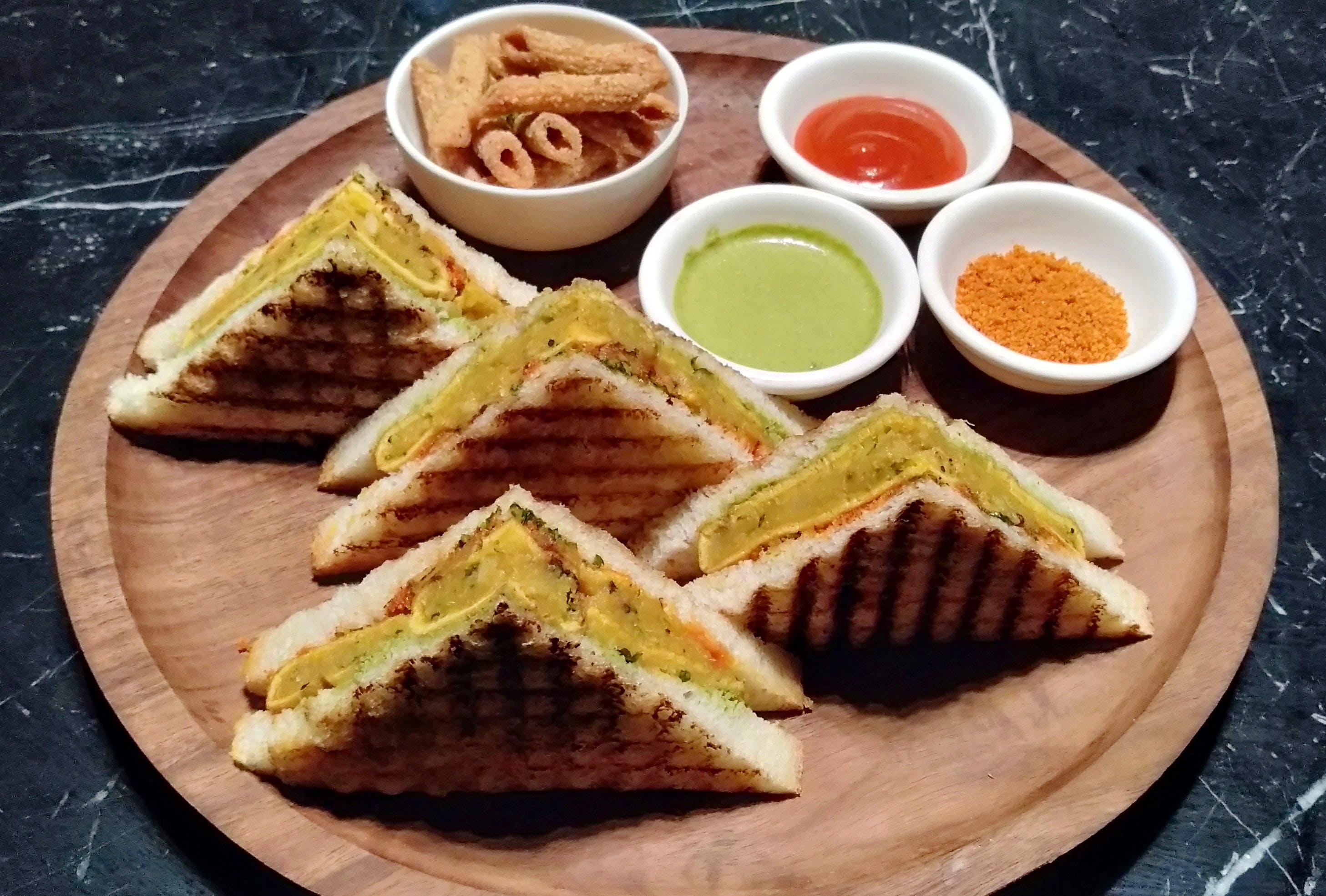 Dish,Food,Cuisine,Ingredient,Breakfast,Waffle,Baked goods,Finger food,Comfort food,Produce