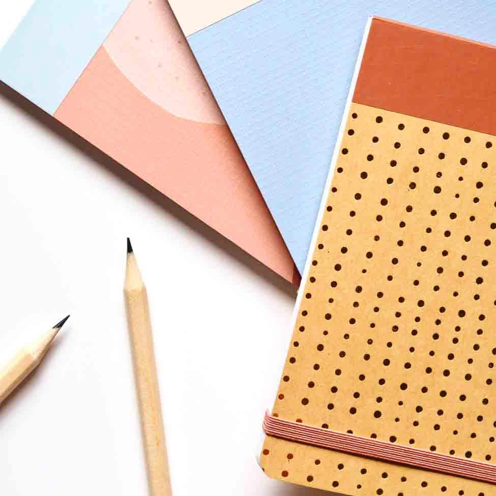 Pencil,Paper,Stationery,Paper product,Cone,Triangle