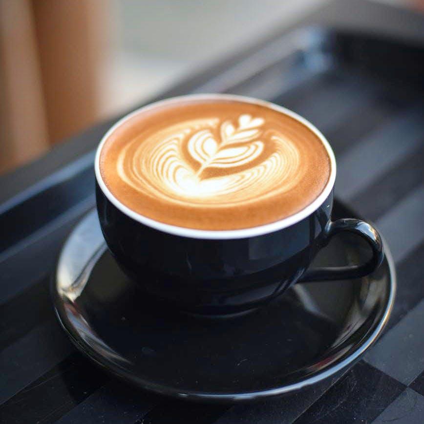 Flat white,Caffè macchiato,Latte,Coffee cup,Ristretto,Cup,Cortado,Espresso,Espressino,Single-origin coffee