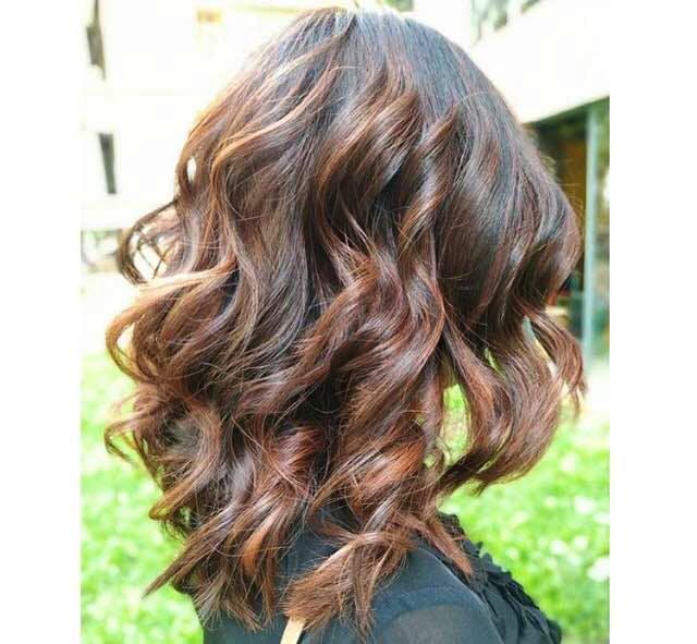 Hair,Hairstyle,Blond,Brown hair,Hair coloring,Layered hair,Brown,Long hair,Beauty,Chin