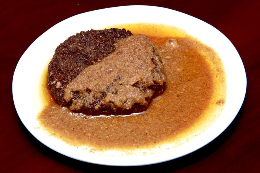 Dish,Food,Cuisine,Ingredient,Rinderbraten,Boeuf à la mode,Sauerbraten,Brown sauce,Produce,Salisbury steak