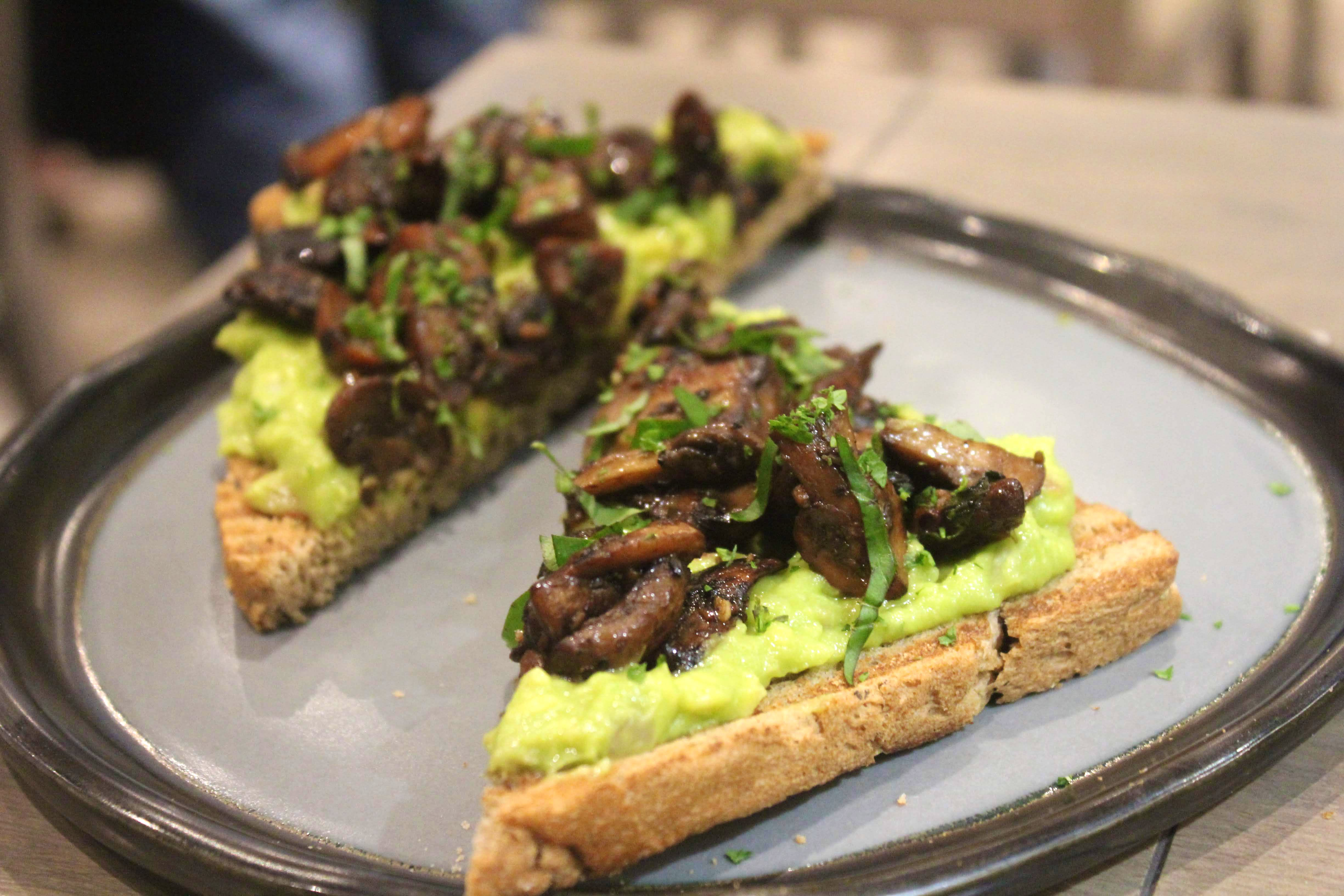 Seeds Of Life: Eat Good Feel Good, This Cute Healthy Cafe Now At Bandra