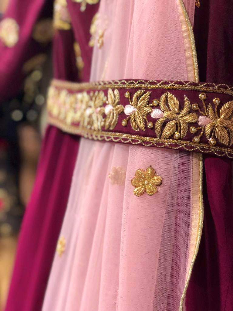Pink,Clothing,Magenta,Dress,Haute couture,Formal wear,Tradition,Gown,Outerwear,Peach