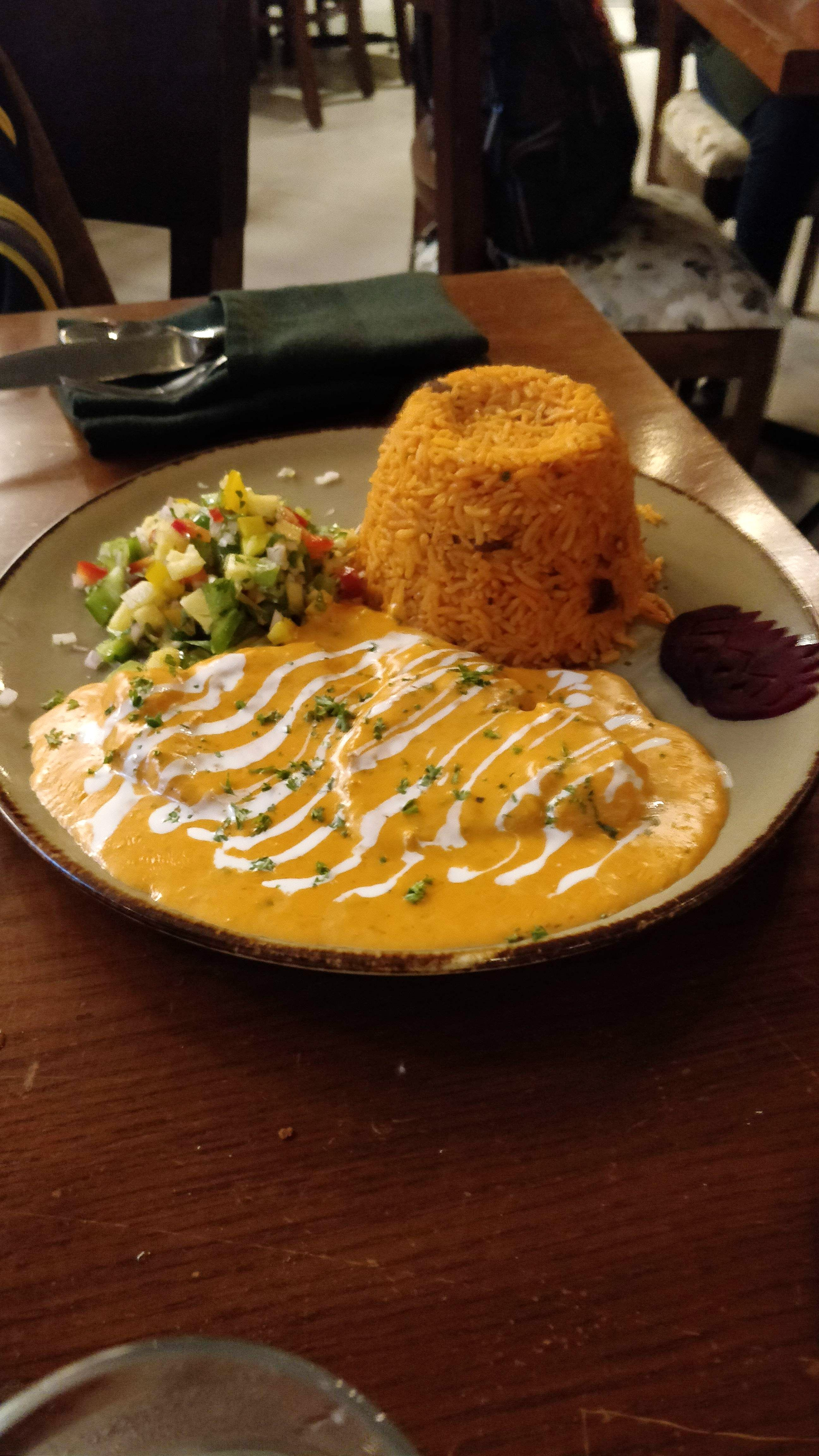 Craving For Home-Food? This Restaurant In Andheri Serves The Best Fusion Food