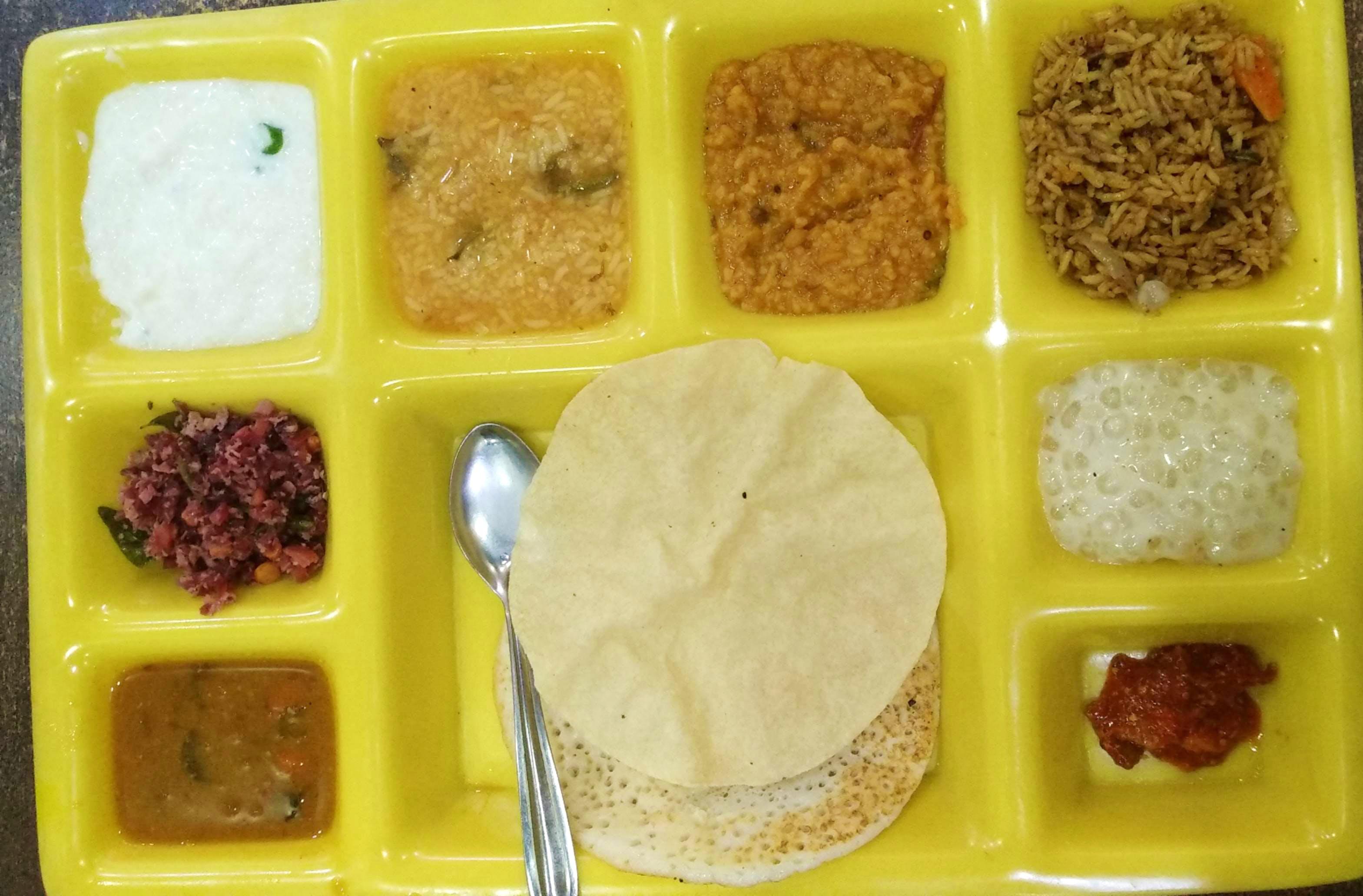 Food,Cuisine,Dish,Lunch,Ingredient,Comfort food,Meal,Tteok,Vegetarian food,Meal, ready-to-eat