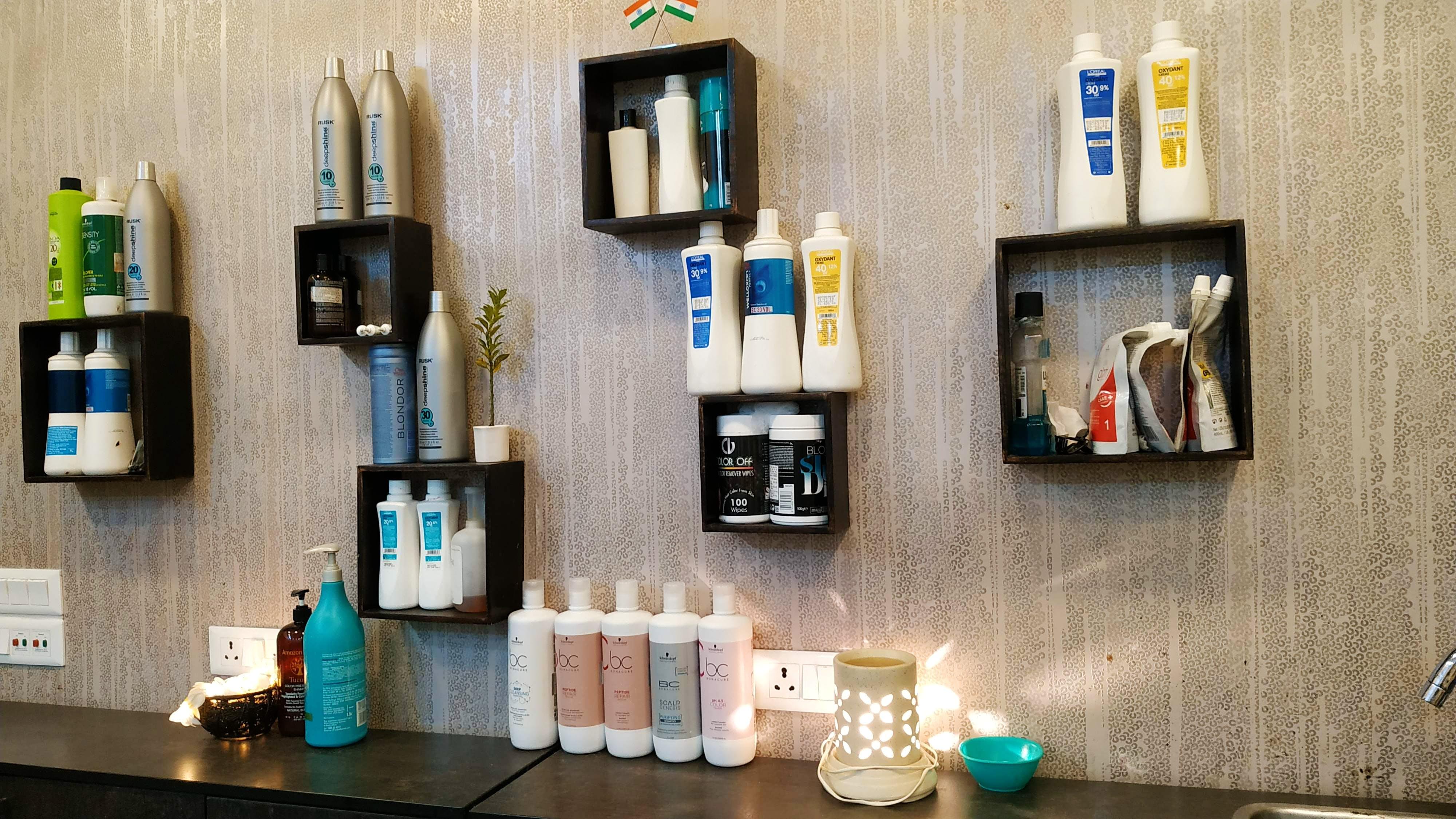 image - PonyUp Salon