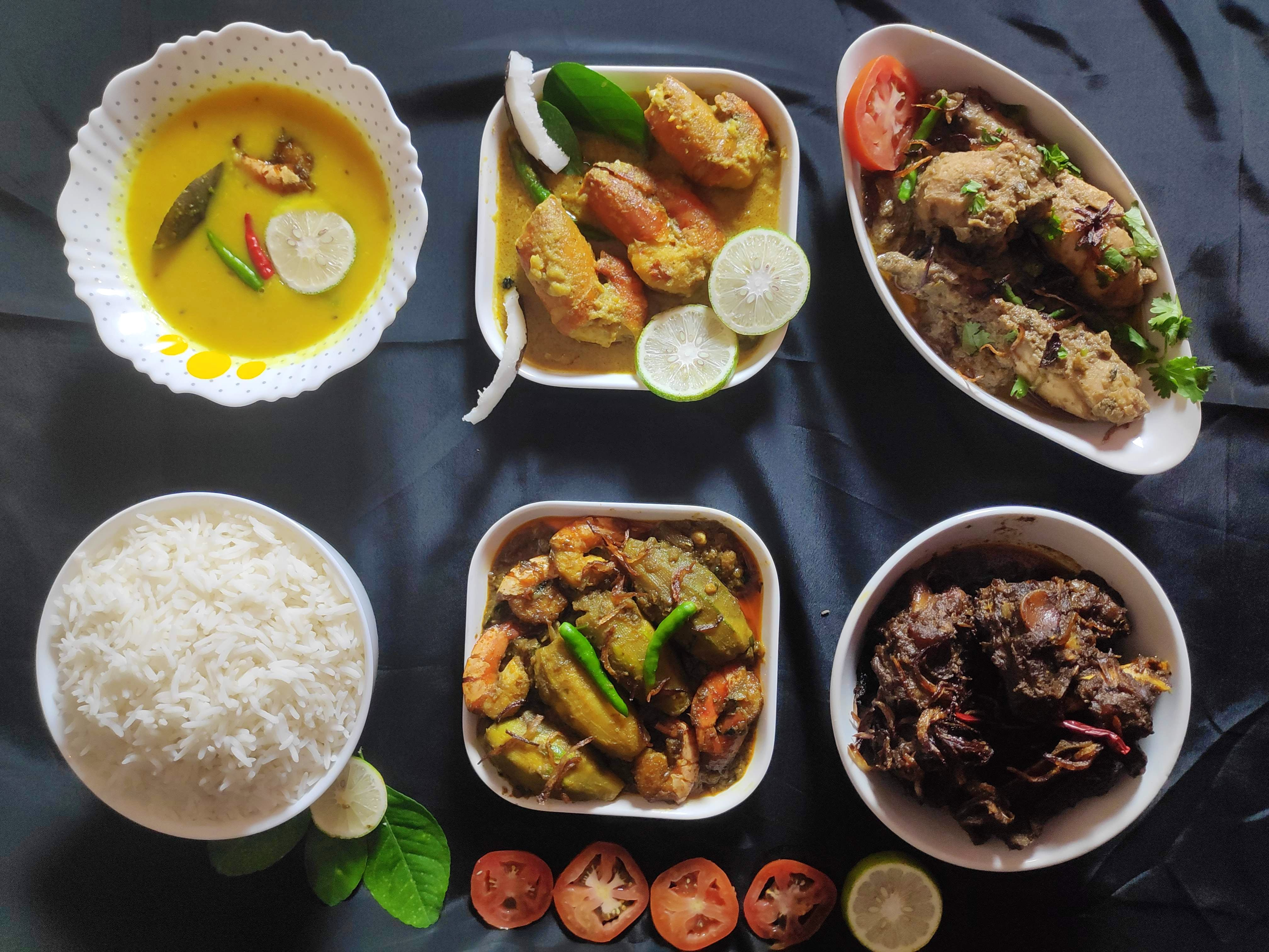 Dish,Food,Cuisine,Meal,Ingredient,Lunch,Steamed rice,Comfort food,Produce,Breakfast
