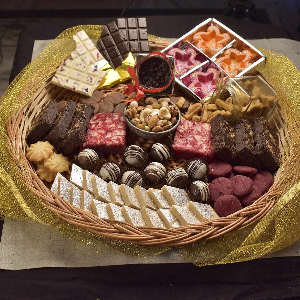 Diwali Sweets Not Your Jam? Check Out These Sweet Hampers And Then Some!