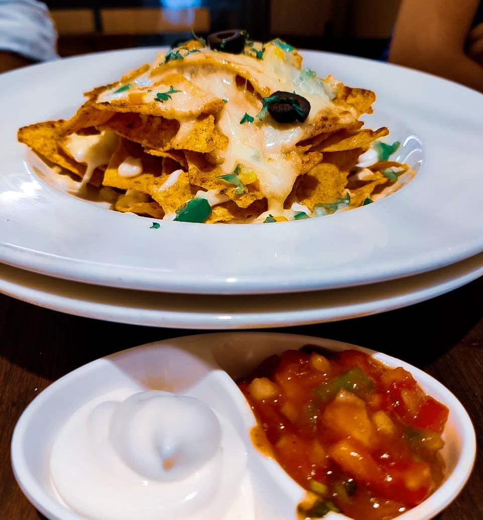 Have You Tried Perfectly Baked Yum Nachos Yet? Drop By Munchin's Now!