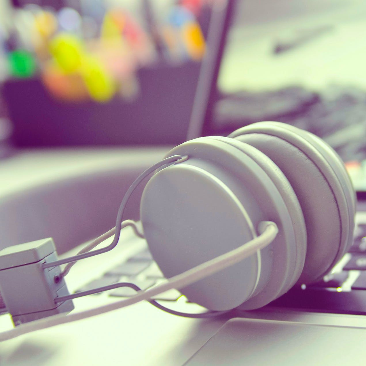 Headphones,Gadget,Audio equipment,Electronic device,Technology,Headset,Material property,Ear