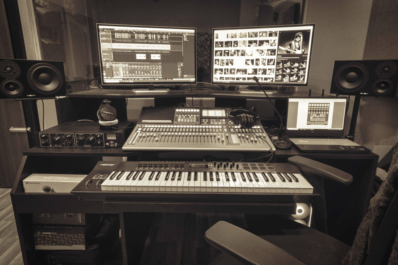 Muzico: A Professional Audio & Video Recording Studio In Koramangla