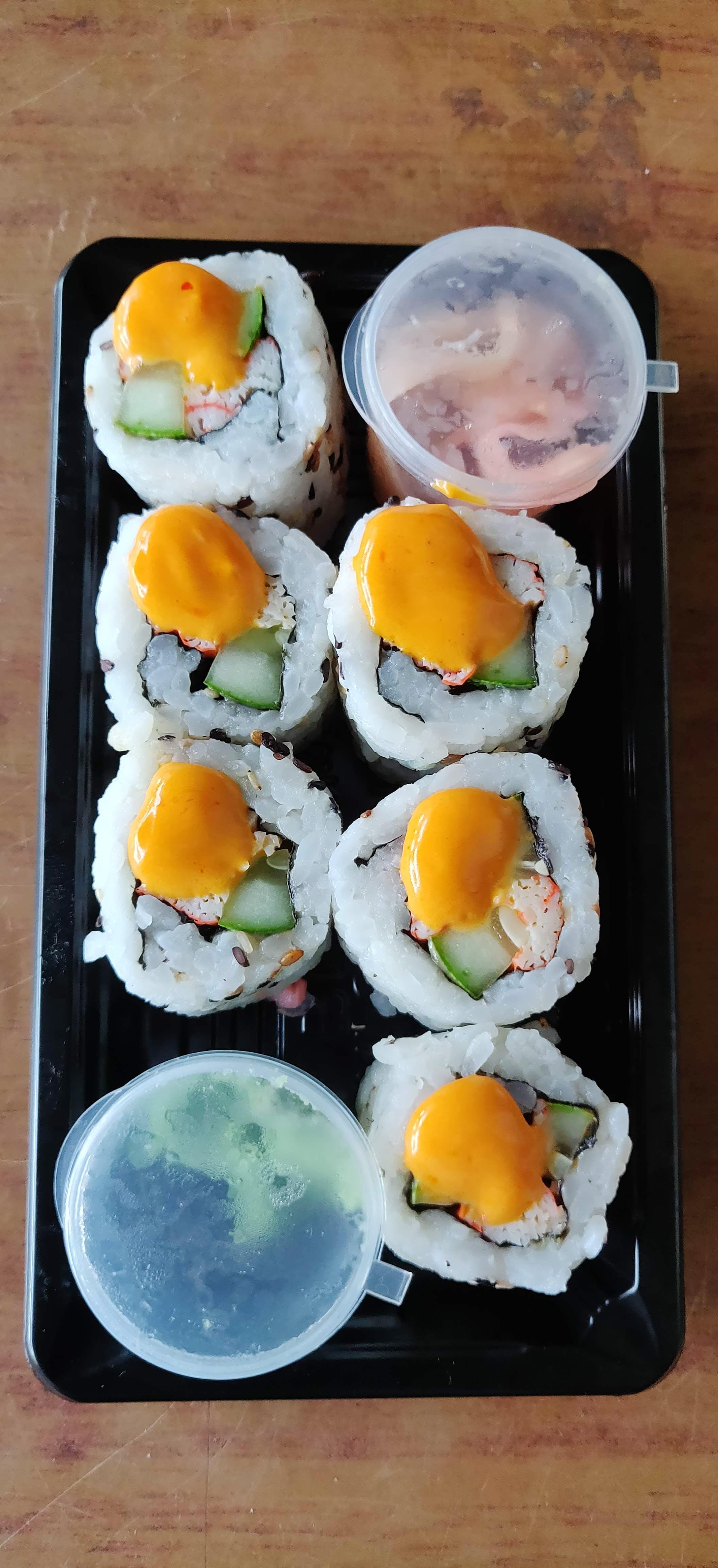 Dish,Food,Cuisine,Ingredient,Comfort food,Egg,Steamed rice,Meal,Breakfast,Gimbap