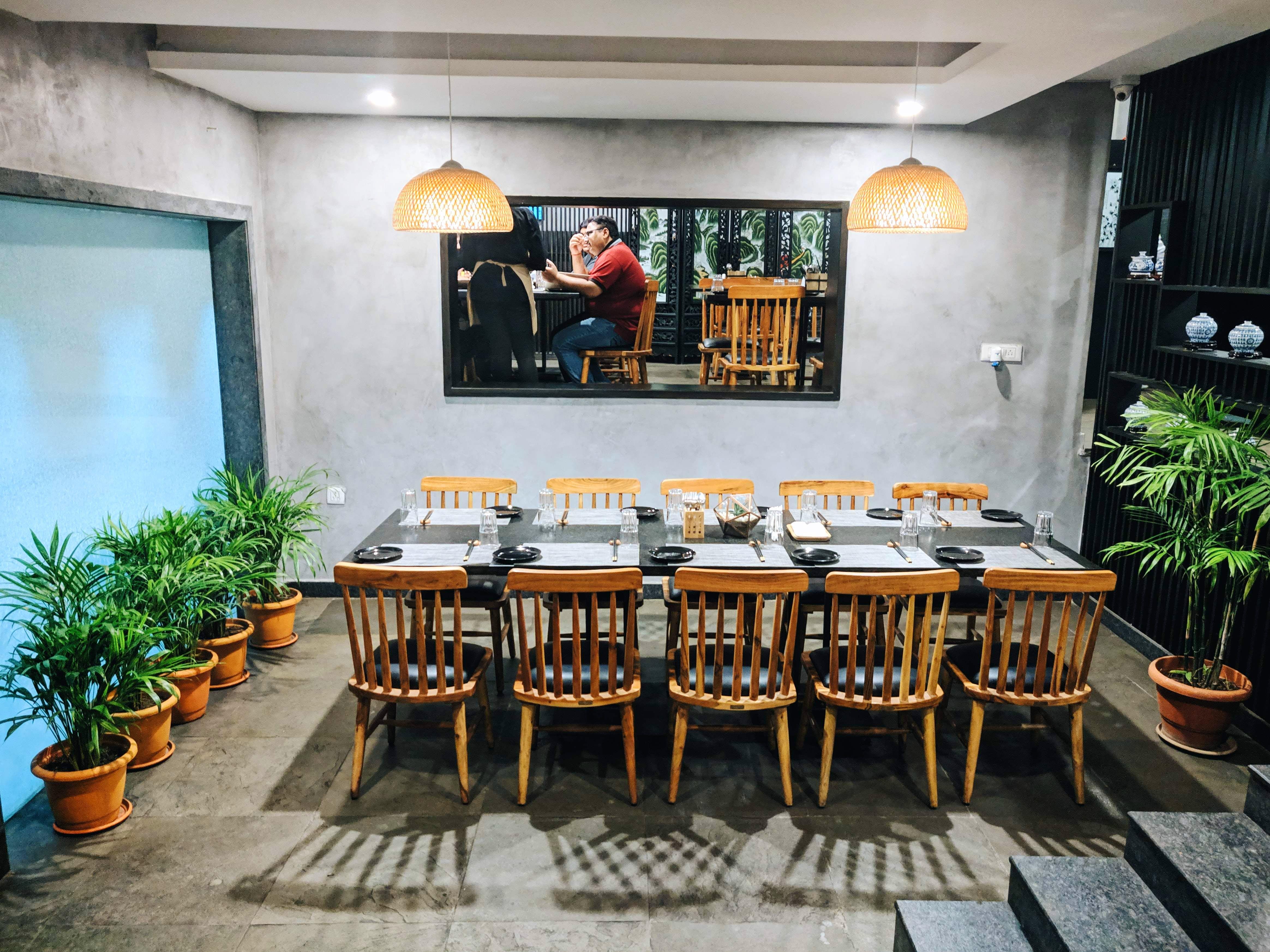 Room,Property,Restaurant,Building,Table,Interior design,Furniture,House,Dining room,Brunch