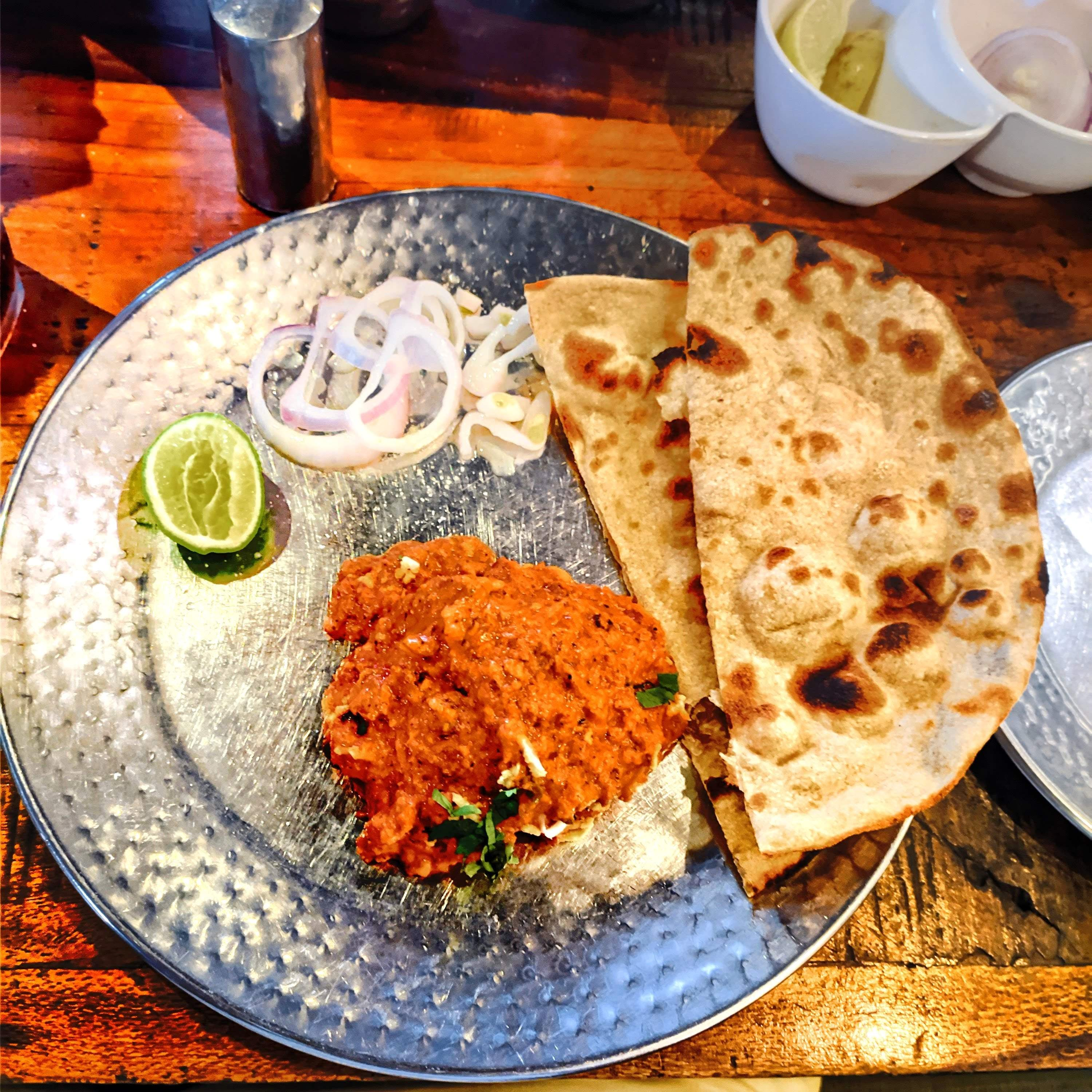 Meat Loves? This Restaurant Serves Amazing Non-Vegetarian Dishes At An Affordable Price!