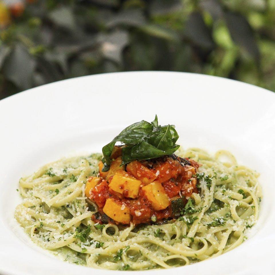 Food,Cuisine,Dish,Ingredient,Capellini,Italian food,Vegetarian food,Spaghetti,Taglierini,Noodle