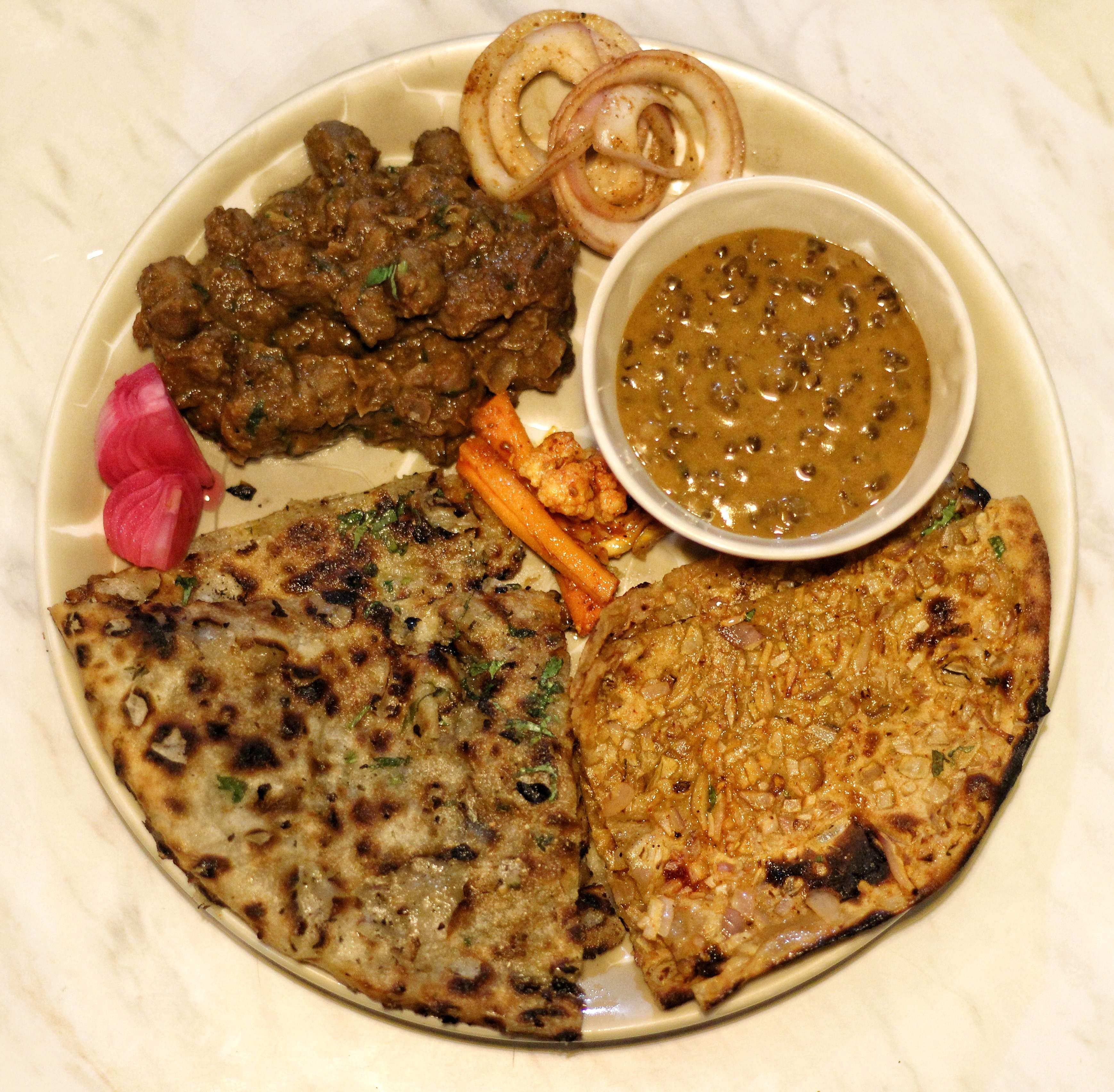 Dish,Food,Cuisine,Ingredient,Roti,Paratha,Produce,Sindhi cuisine,Flatbread,Staple food