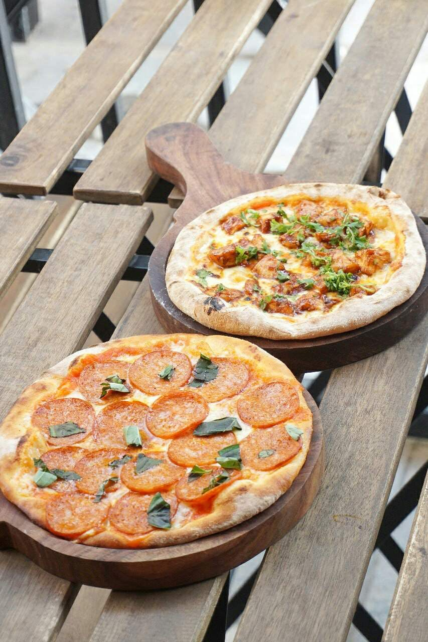 Drop By This Outlet For Authentic Neapolitan Style Pizzas, Handmade Pasta & Much More!