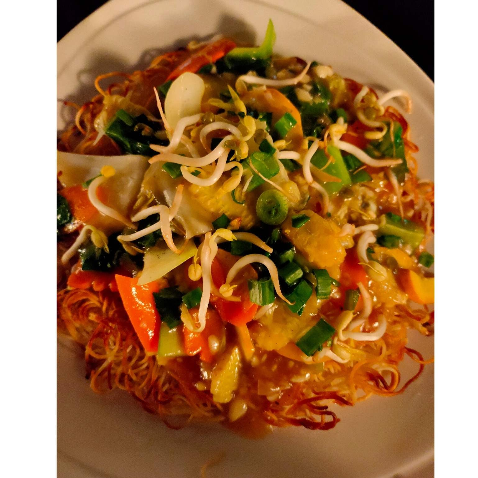 Food,Dish,Cuisine,Ingredient,Karedok,Noodle,Pancit,Chow mein,Fried noodles,Recipe