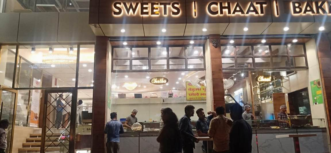 This Winter, Indulge In Some Delicious Chaats, Sweets & Much More At Kali Ghata