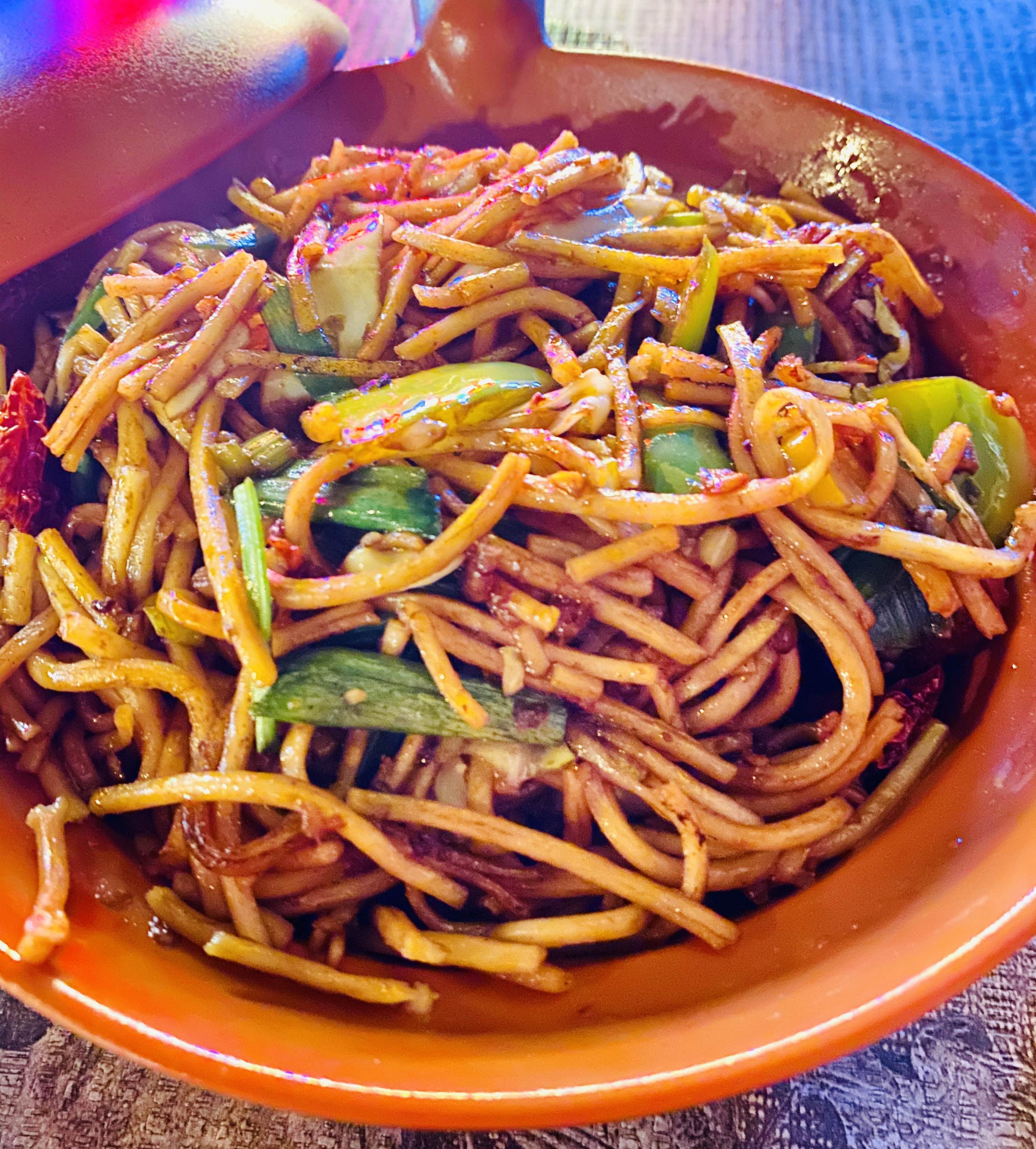 Dish,Food,Cuisine,Fried noodles,Noodle,Chinese noodles,Chow mein,Lo mein,Ingredient,Naporitan
