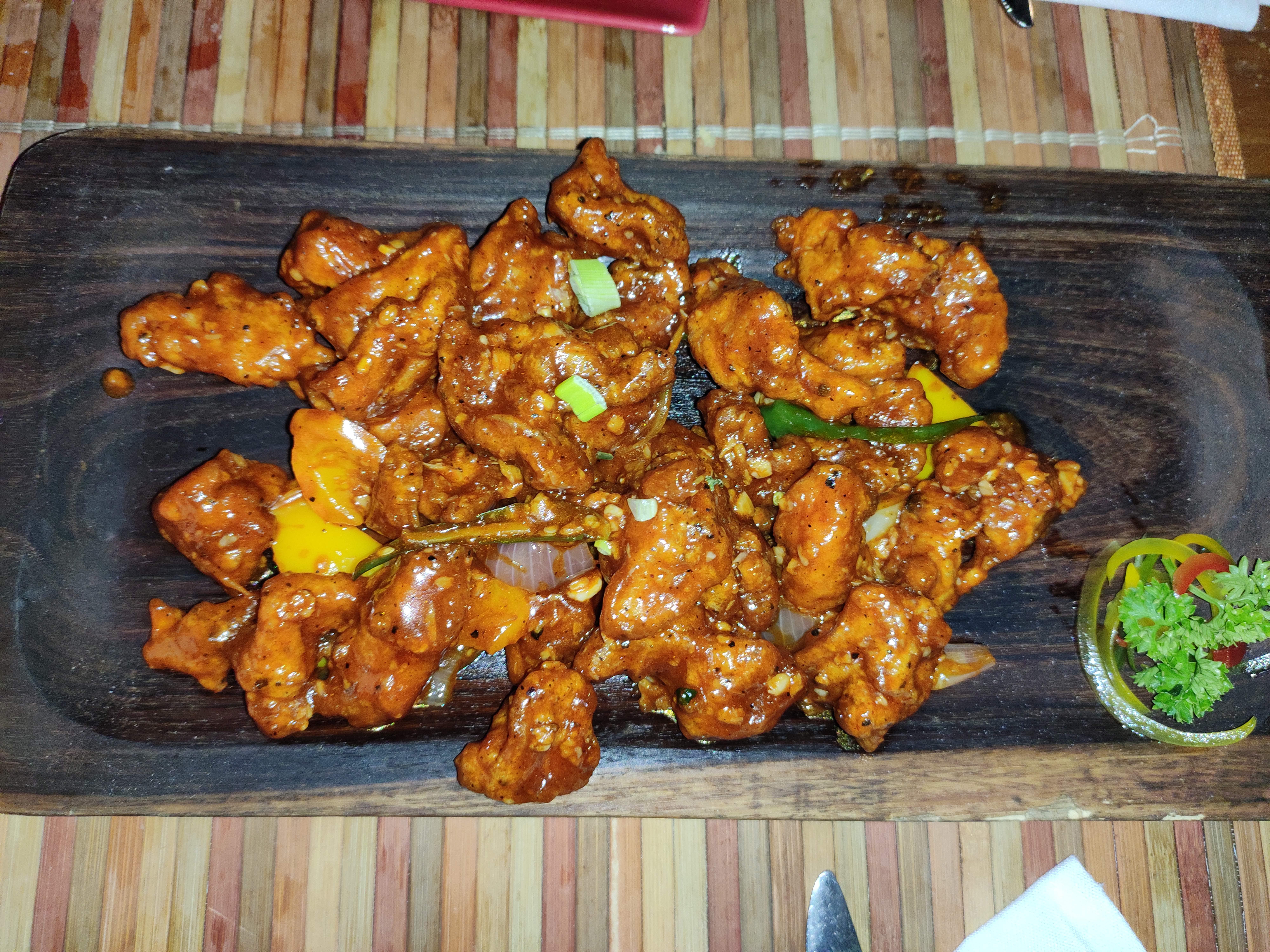 Dish,Food,Cuisine,Ingredient,Meat,Fried food,Orange chicken,Produce,Recipe,Fried chicken
