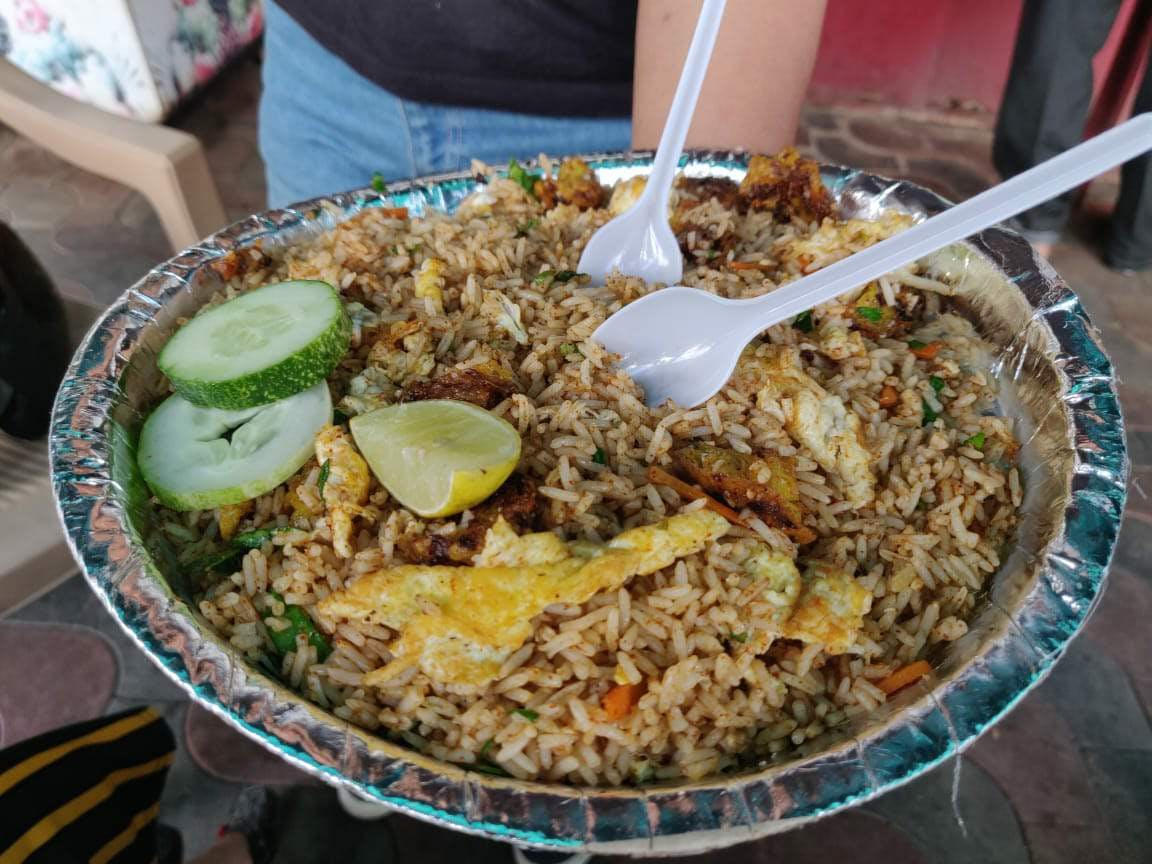 Dish,Food,Cuisine,Thai fried rice,Ingredient,Biryani,Hyderabadi biriyani,Rice,Kabsa,Yeung chow fried rice