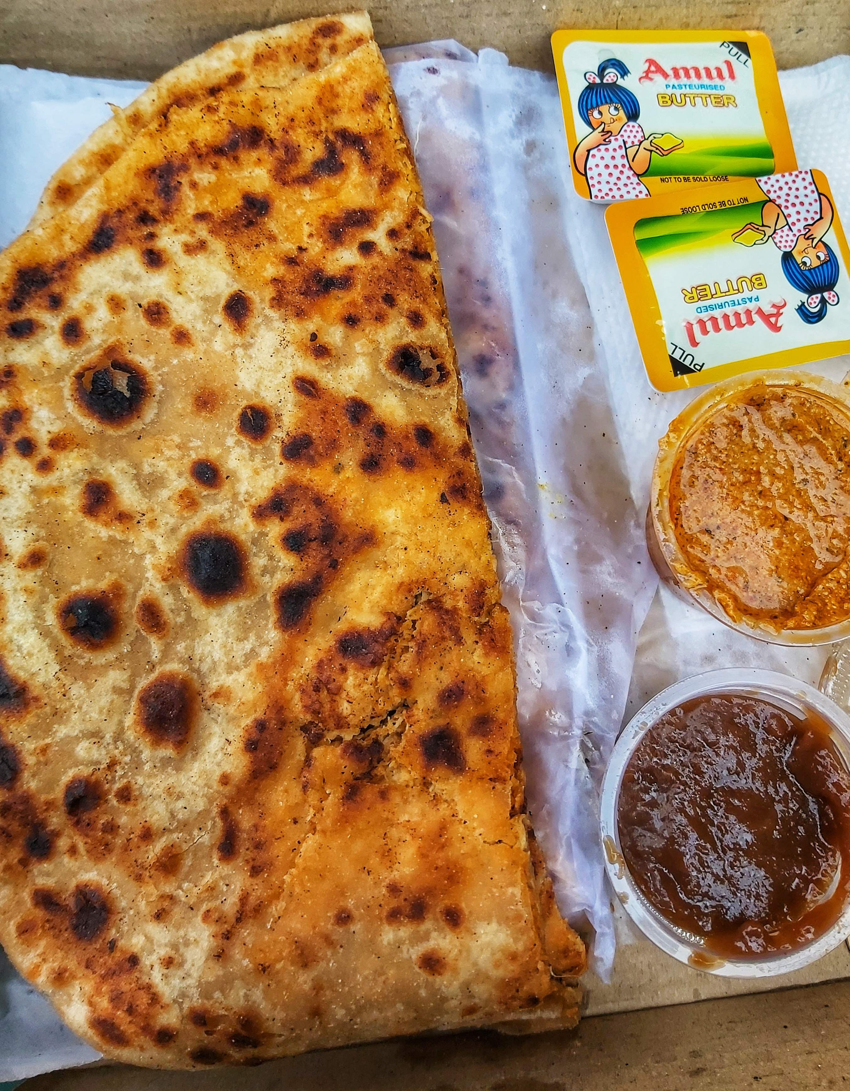 Dish,Food,Cuisine,Ingredient,Flatbread,Baked goods,Staple food,Naan,Paratha,Produce