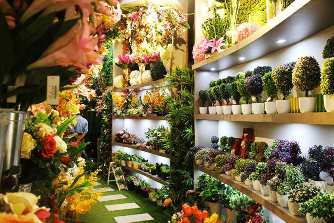 Want A Zero-Maintenance Garden? Get Artificial Plants From Elen