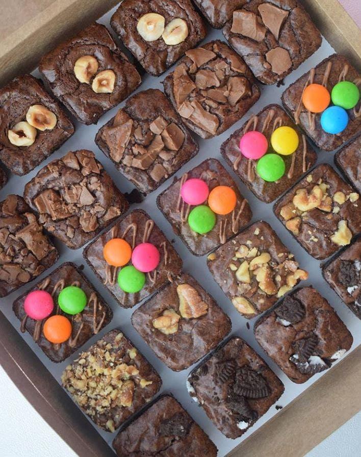 Food,Sweetness,Cuisine,Chocolate brownie,Dish,Chocolate,Dessert,Baking,Ingredient,Petit four