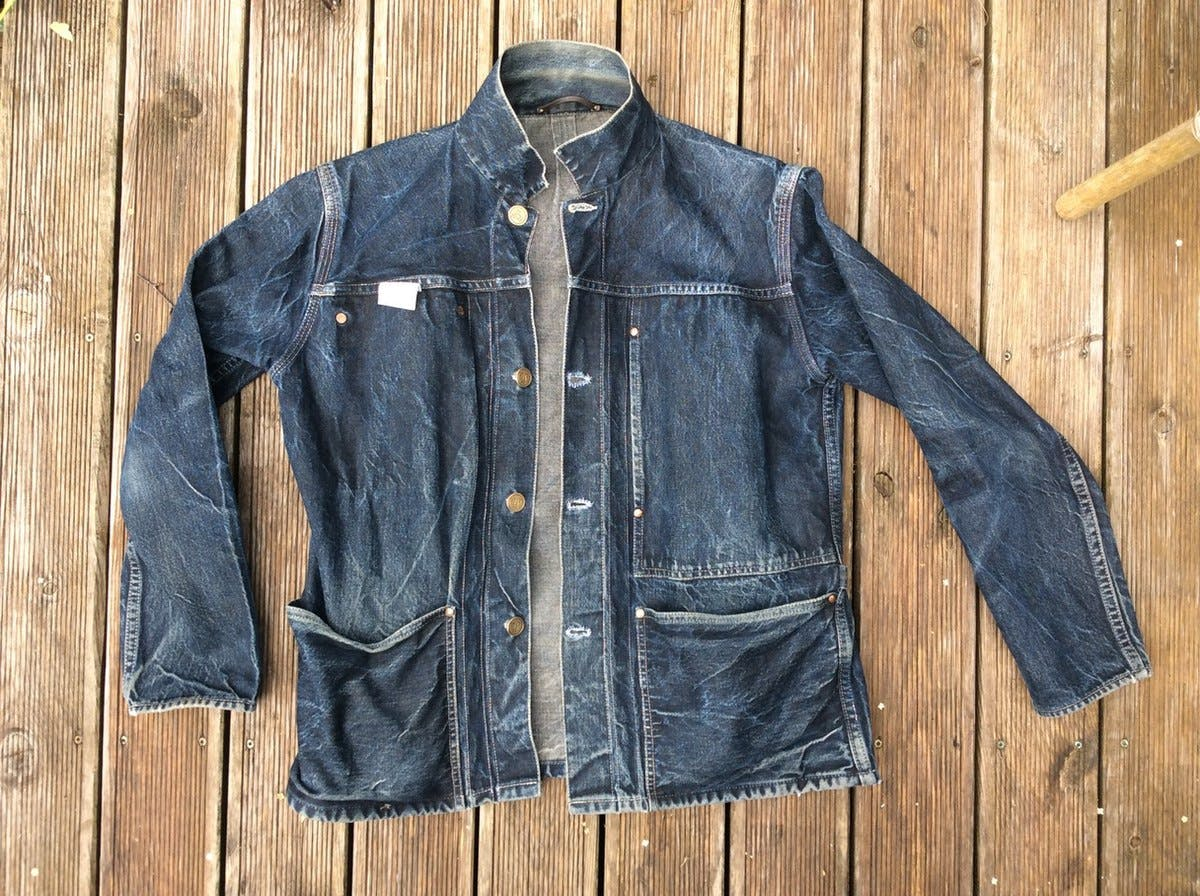 Denim,Clothing,Jeans,Jacket,Outerwear,Sleeve,Textile,Pocket,Leather,Leather jacket