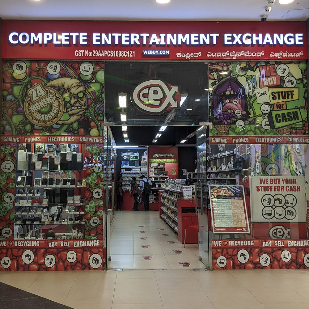 Buy, Sell And Exchange Tech & Entertainment Products At This Geek Paradise