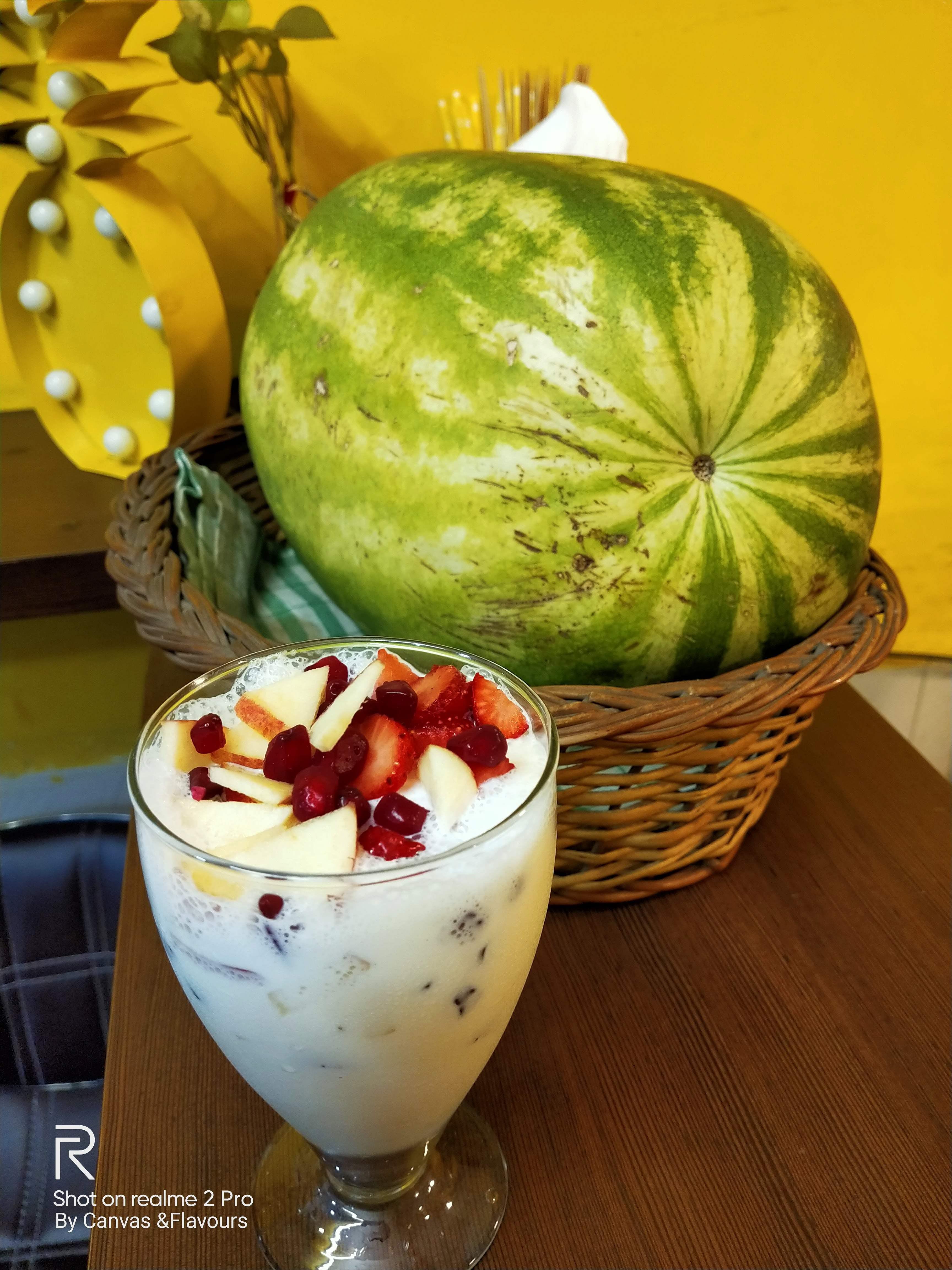 Food,Fruit,Dish,Cuisine,Vegetarian food,Ingredient,Melon,Plant,Produce,Fruit salad