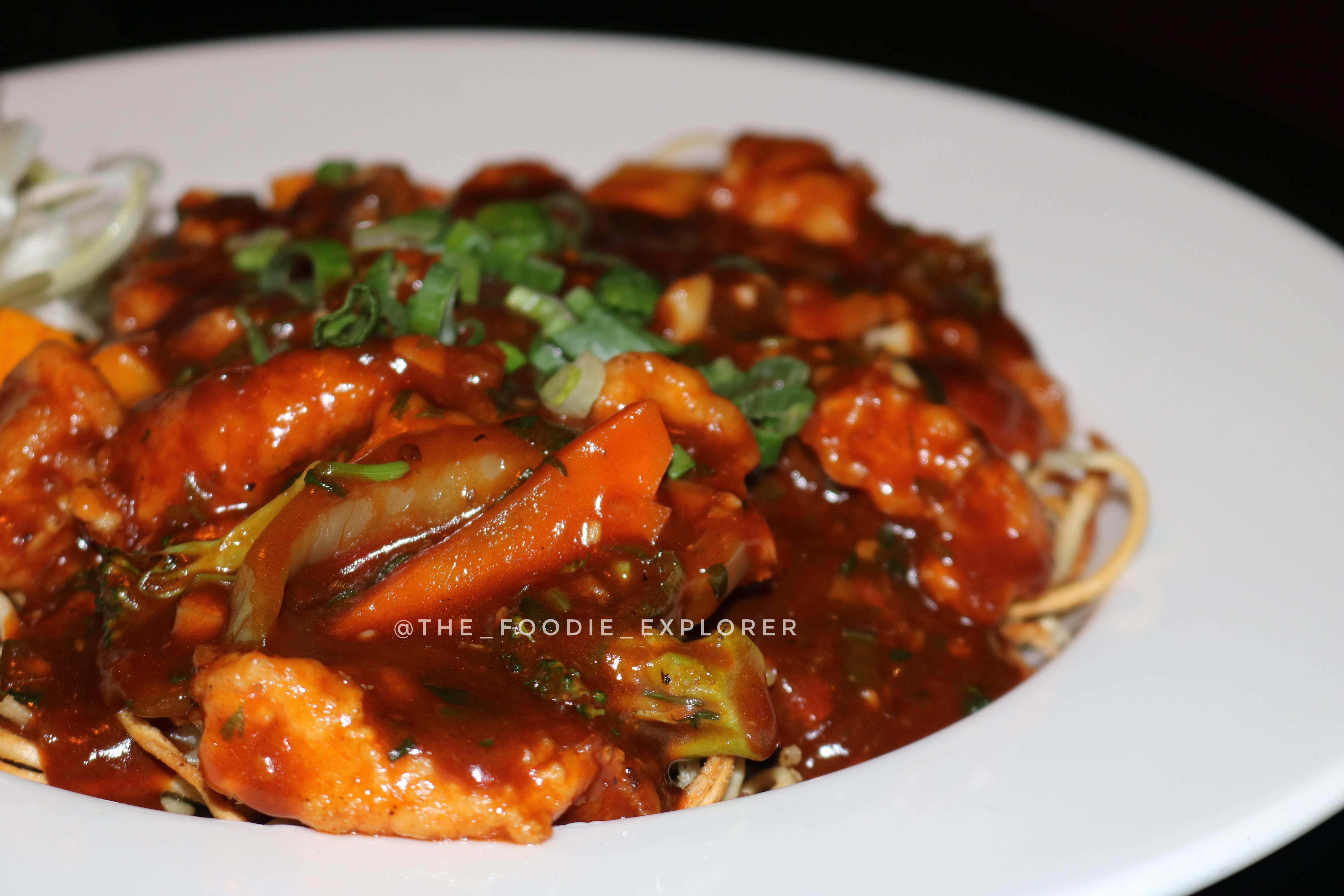 Dish,Food,Cuisine,Meat,Ingredient,General tso's chicken,Kung pao chicken,Sweet and sour,Produce,Sweet and sour chicken