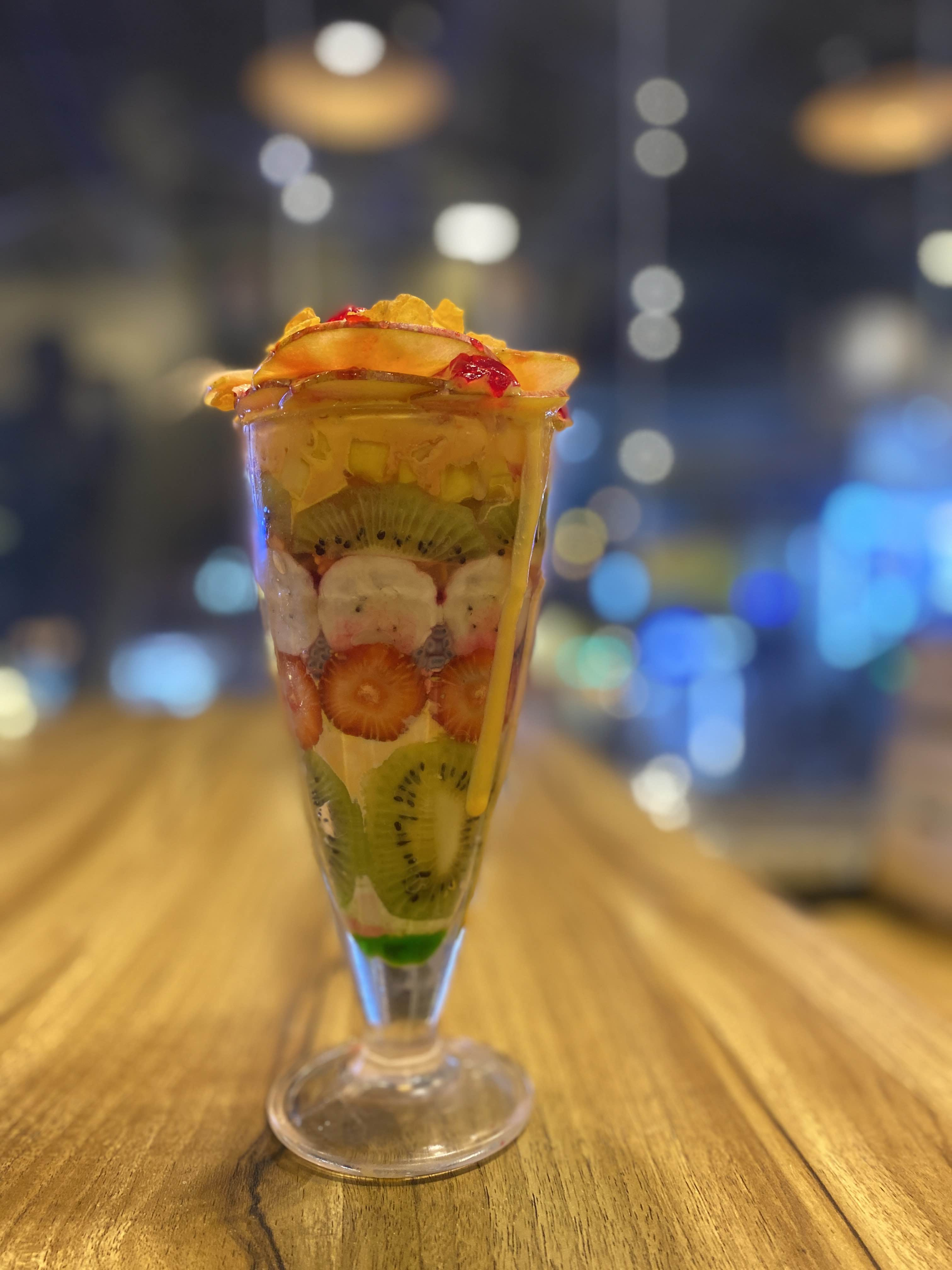 This Outlet Offers A Variety Of Falooda, Sundaes & More!