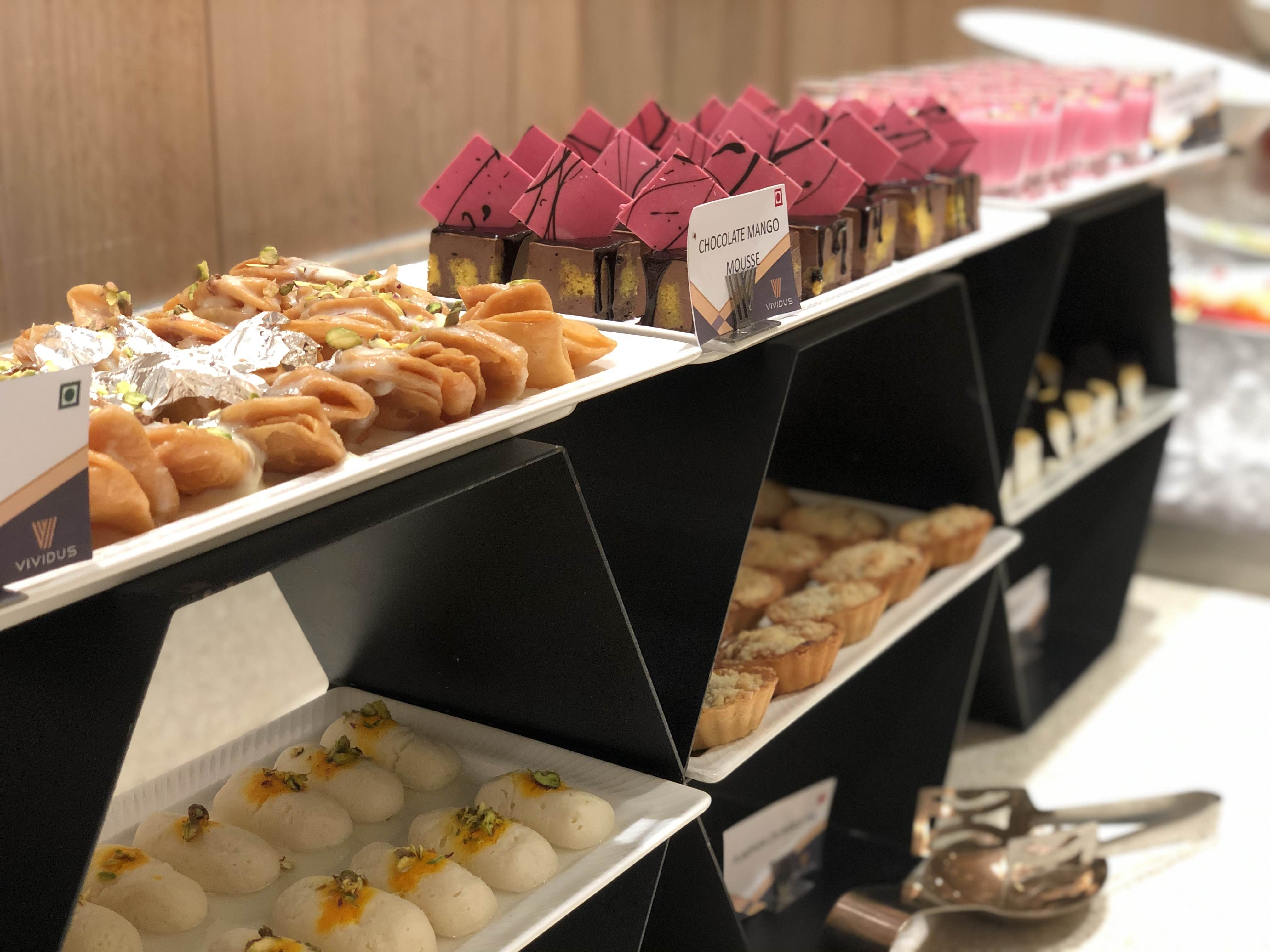 Food,Cuisine,Pâtisserie,Dish,Sweetness,Delicacy,Bakery,Dessert,Side dish,Pastry