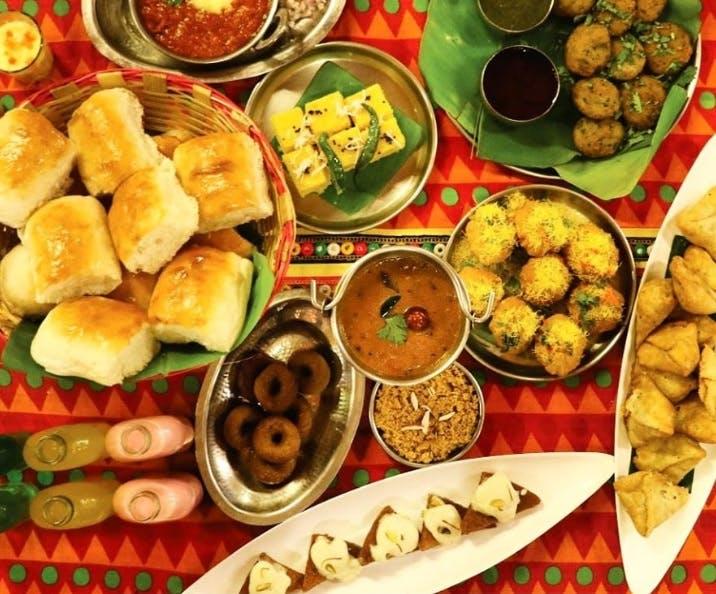 Dish,Food,Cuisine,Meal,Ingredient,Produce,Rajasthani cuisine,Indian cuisine,Finger food,Supper