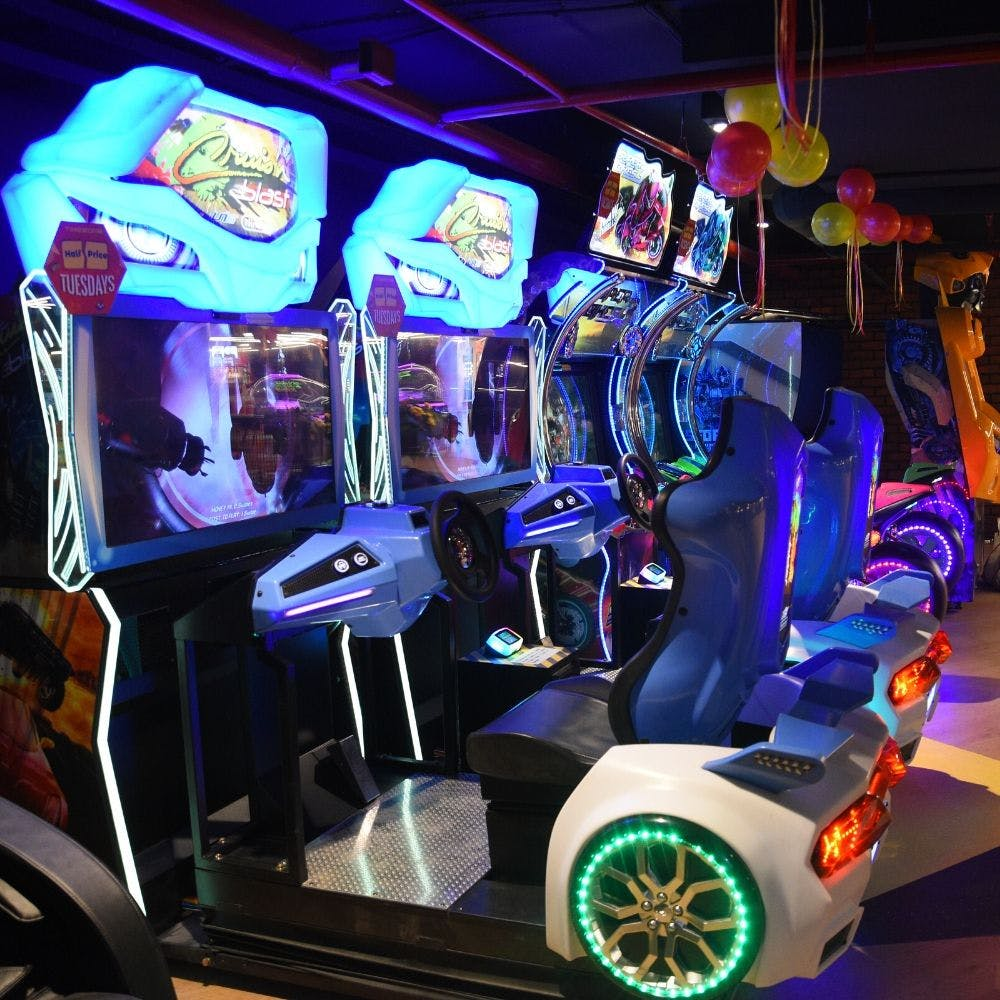 Games,Technology,Recreation,Electronic device,Vehicle,Machine,Robot,Car