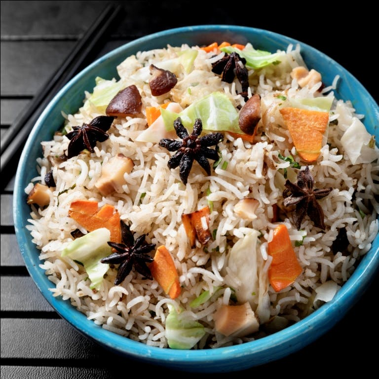 Dish,Cuisine,Food,Spiced rice,Takikomi gohan,Steamed rice,Rice,Ingredient,Recipe,Wild rice