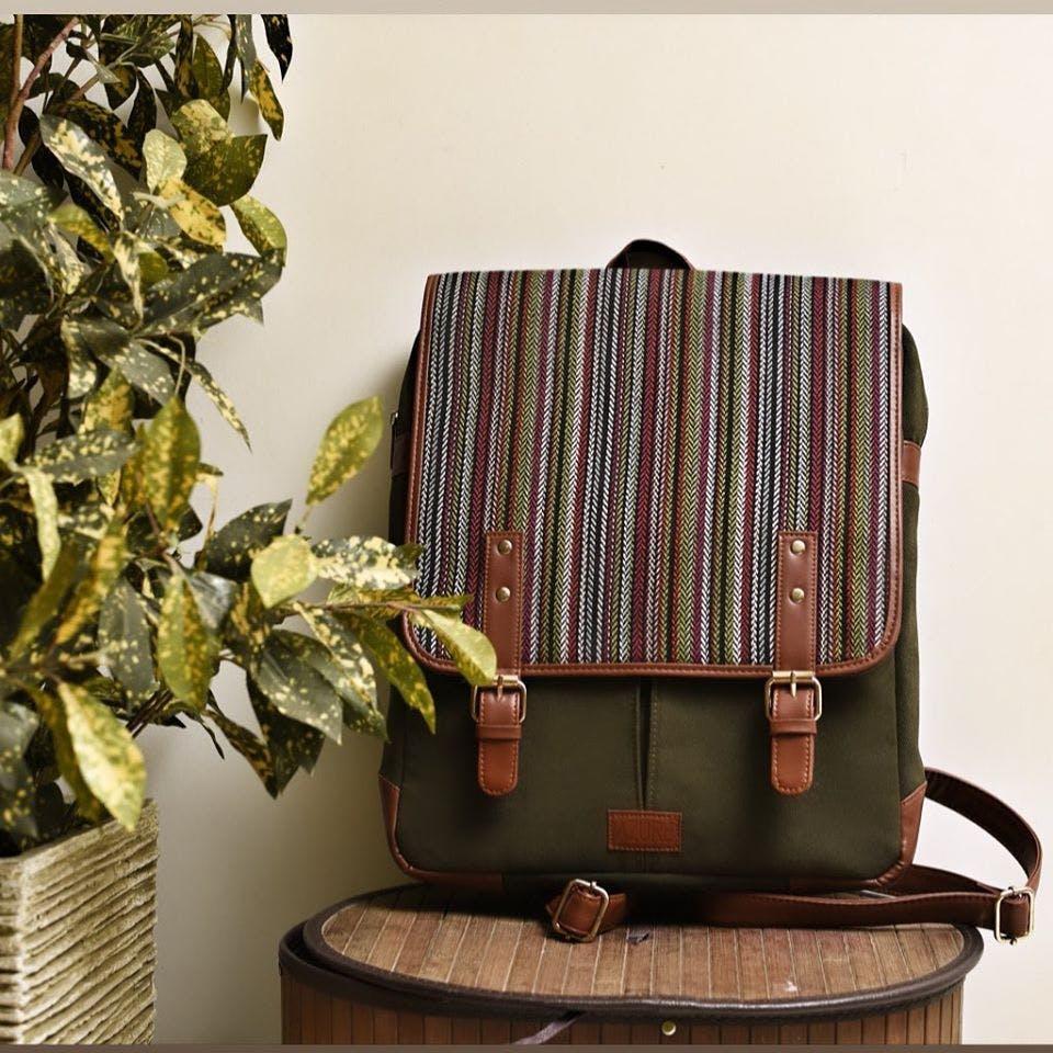 Bag,Plant,Fashion accessory,Furniture,Satchel
