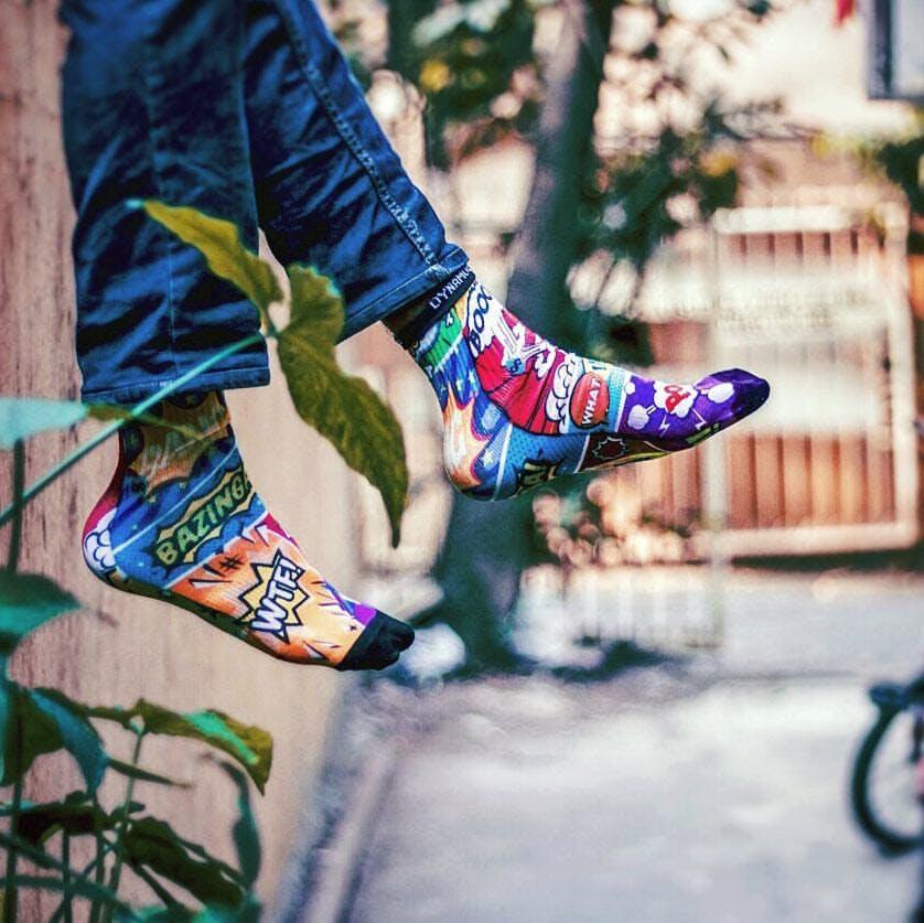 Footwear,Cool,Street fashion,Leg,Snapshot,Human leg,Shoe,Fashion,Tree,Joint