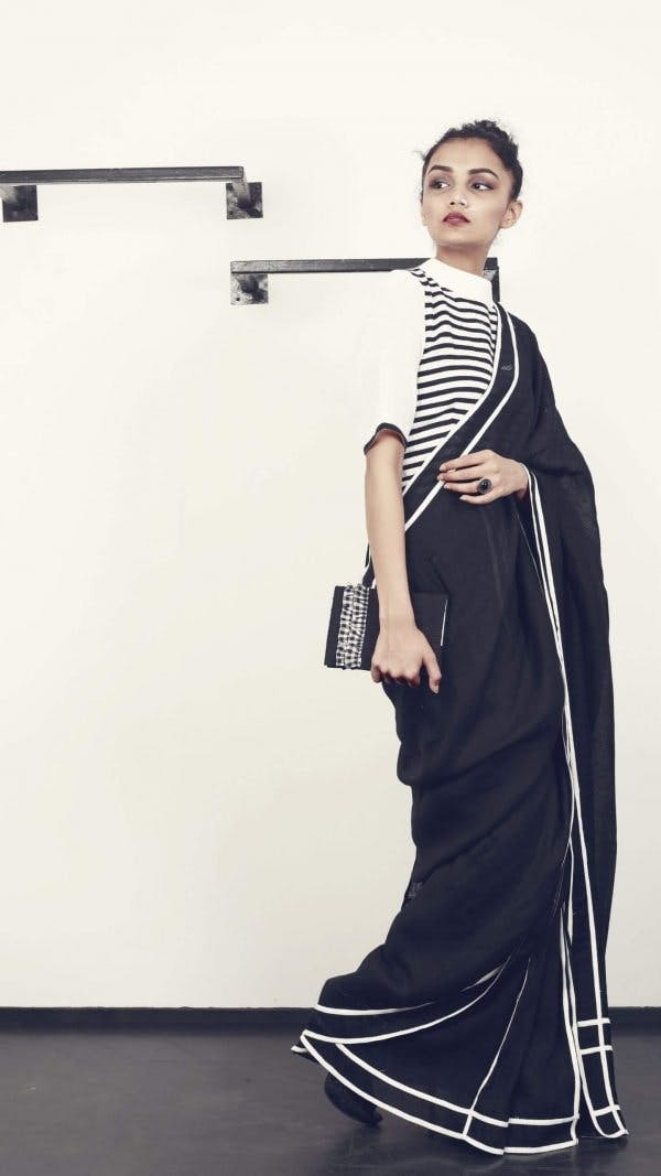 White,Shoulder,Joint,Dress,Photography,Room,Fashion design,Photo shoot